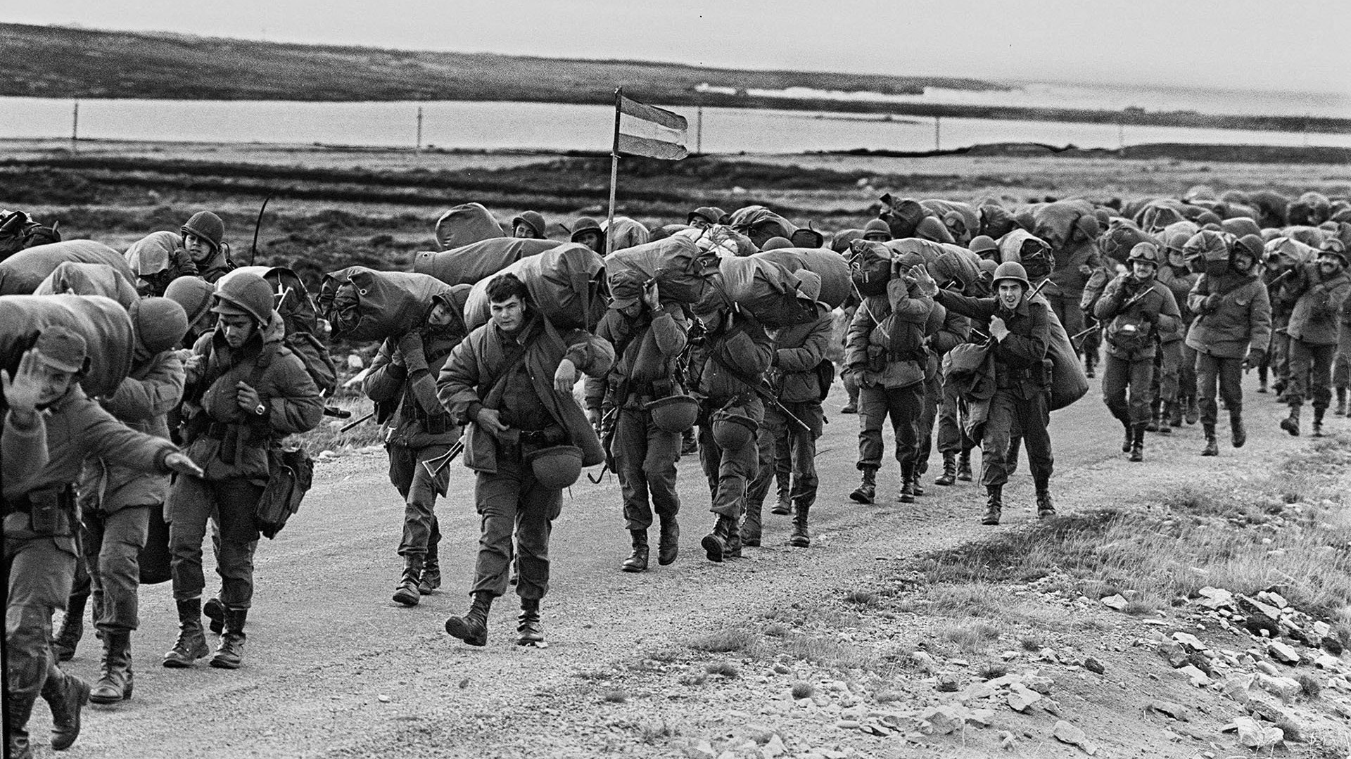 """Comunicado de la Defensoría del Pueblo de Bariloche     -    2 de Abril """"Día del Veterano y de los Caídos en la Guerra de Malvinas"""""""