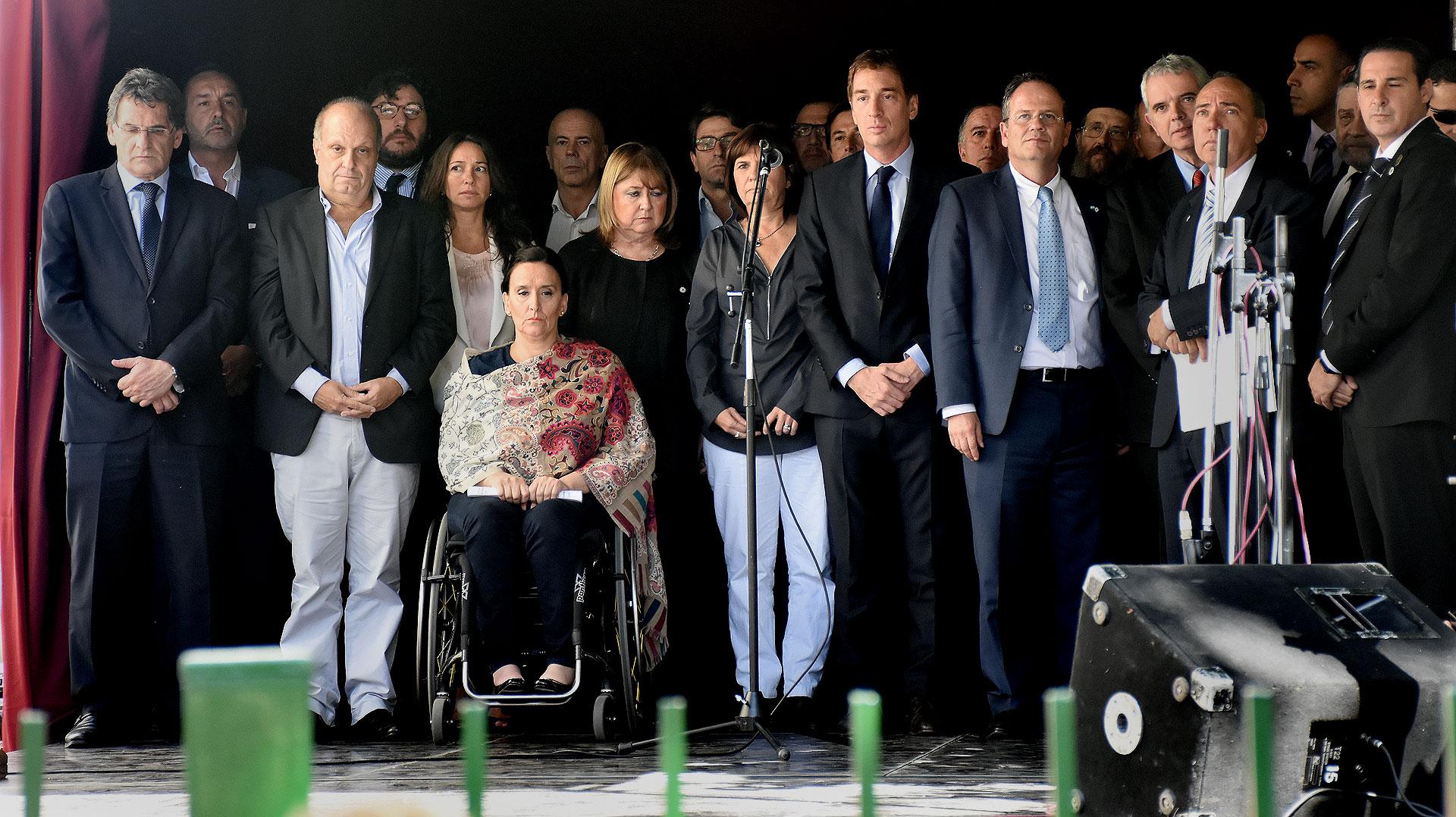 Funcionarios de la Argentina y del gobierno de Israel participaron del acto a 25 años del ataque a la Embajada