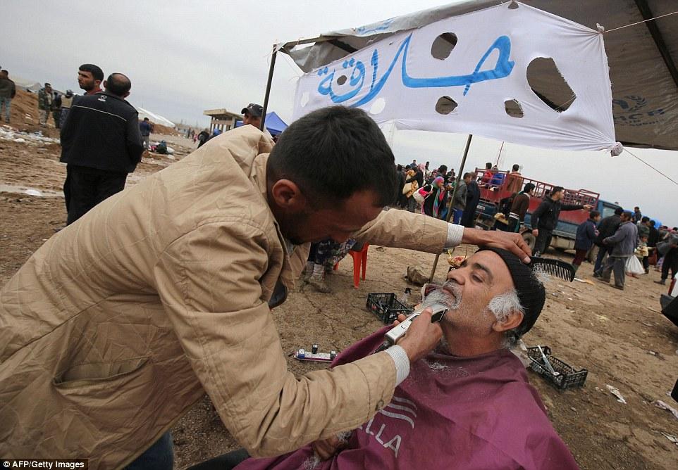 Más de 250.000 personas huyeron de Mosul (AFP)