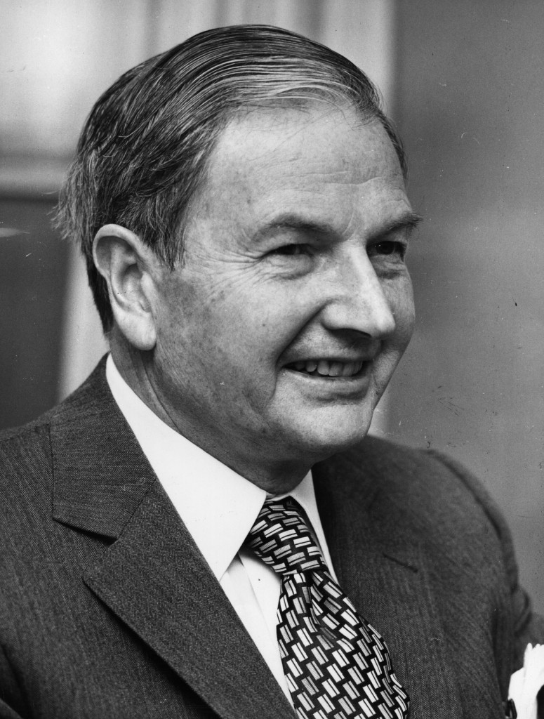 David Rockefeller, presidente del Chase National Bank, en una imagen de 1976 (Central Press/Getty Images)