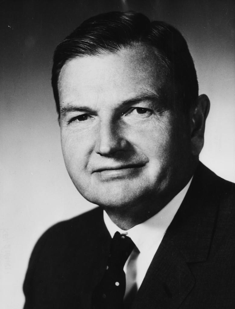 El retrato oficial del banquero David Rockefeller, ejecutivo de la Corporación delChase Manhattan, alrededor de 1965. (Keystone/Hulton Archive/Getty Images)