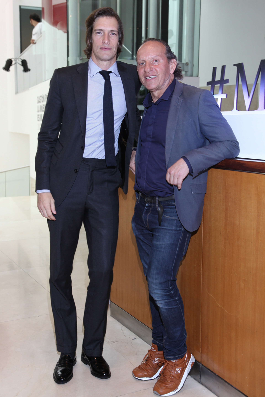 Iván de Pineda junto a Custo Dalmau, quién llegó a Buenos Aires para participar de la quinta edición del Mercedes-Benz Fashion Talk