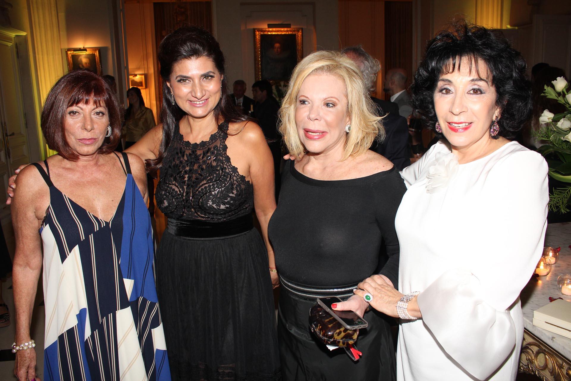 Ercilia Nofal, María Isabel Siman Menem, Marina Dodero y Graciela Pérez Lastra /// Fotos: Jorge Amado