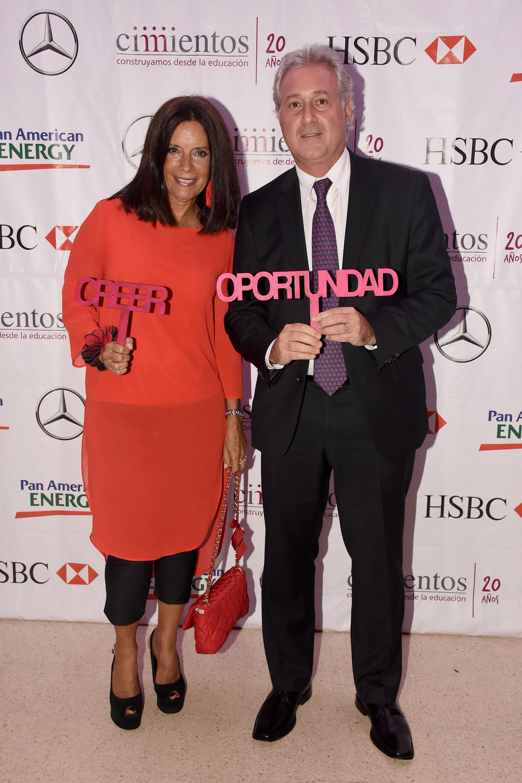 Matías Patanian, vicepresidente de River Plate y CEO de Aeropuertos Argentina 2000, y Carlina Barros, directora de Asuntos Públicos de Corporación América.
