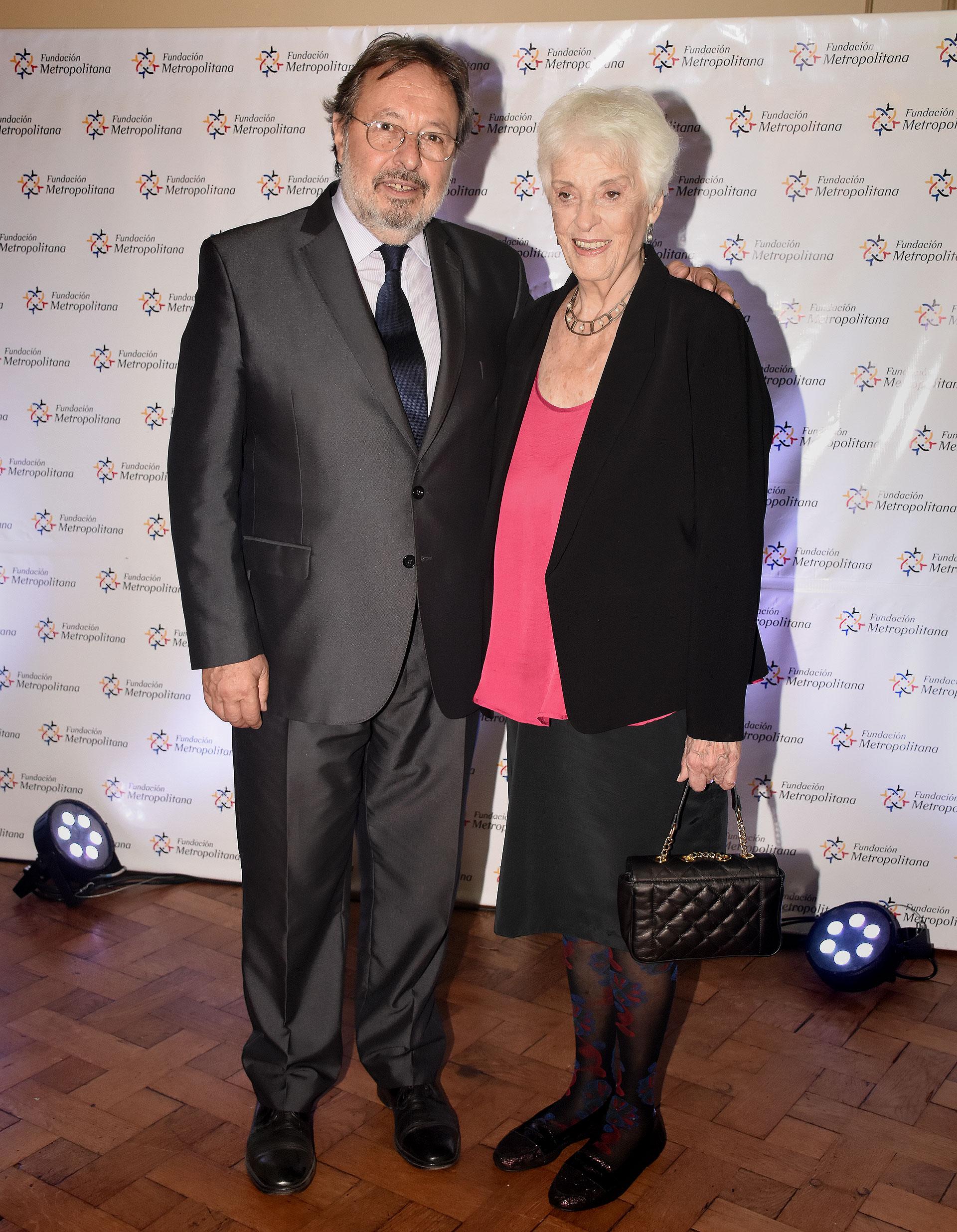 Pedro Del Piero, presidente de la Fundación Metropolitana, y Graciela Fernández Meijide