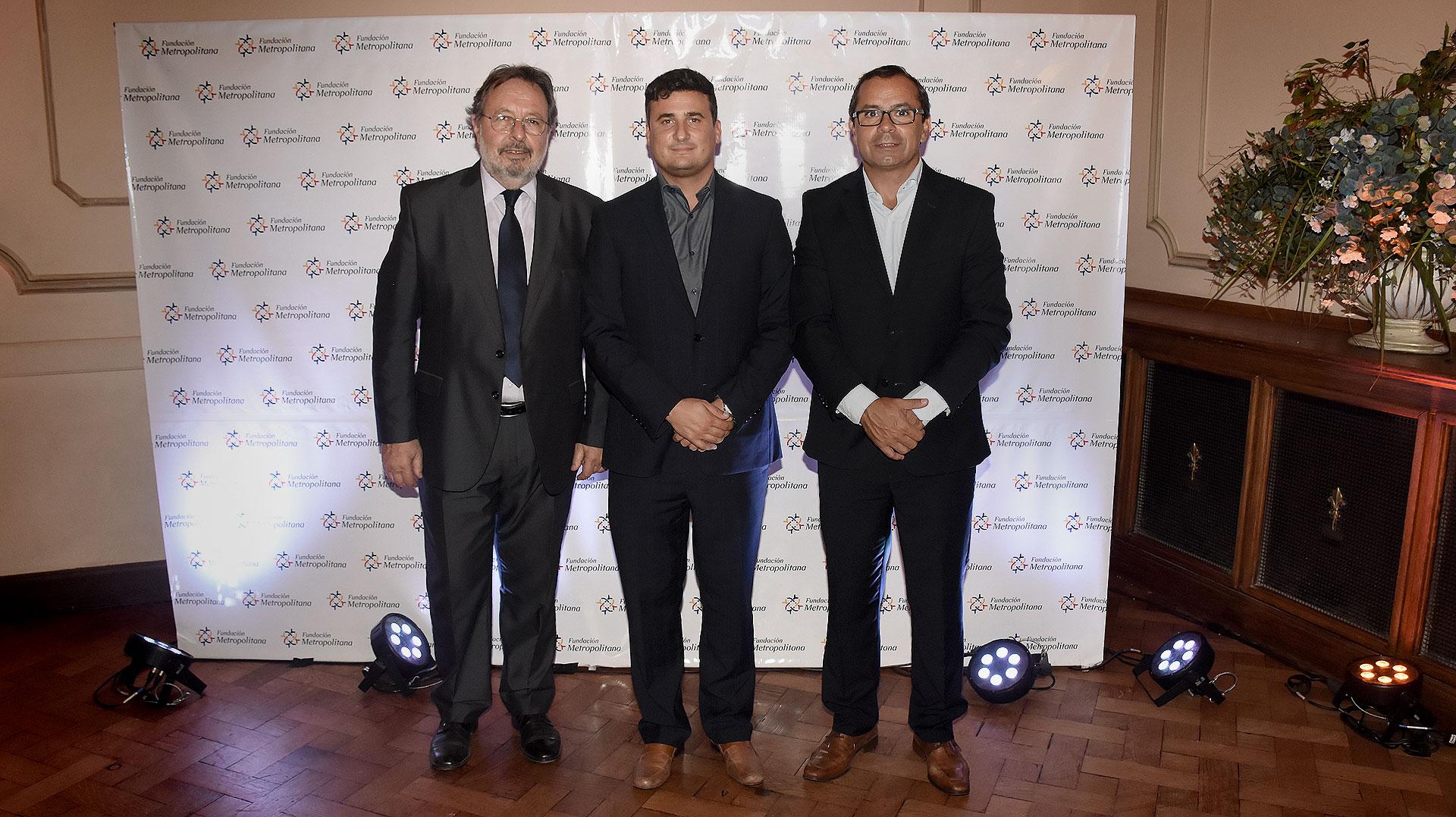 Pedro Del Piero y Gastón Urquiza reciben a Enio Vittorini, secretario de Gobierno de Vicente López