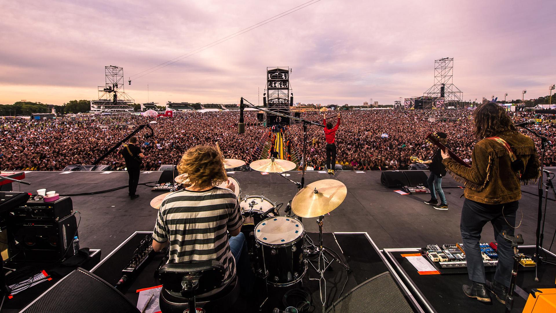 El escenario principal del Festival, ante miles de espectadores