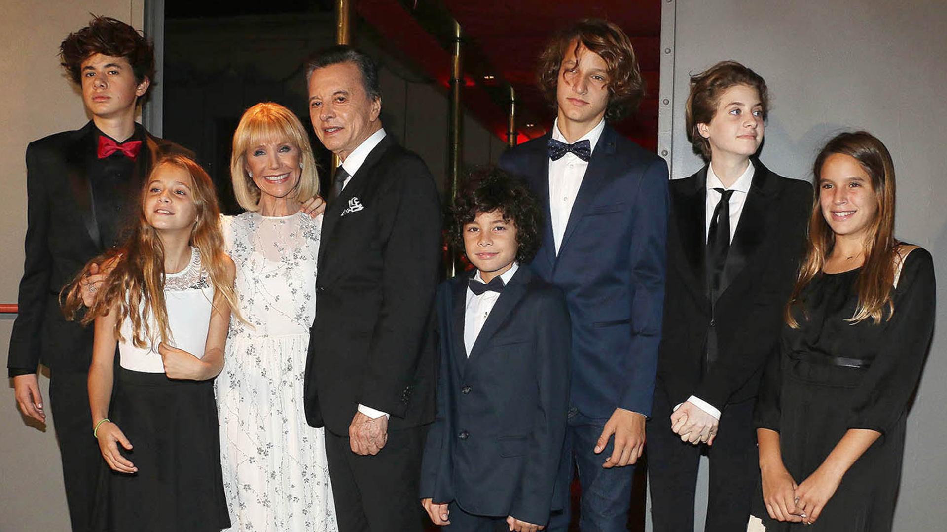 Evangelina Salazar y Palito Ortega junto a sus nietos (Fotos: Verónica Guerman/Teleshow)