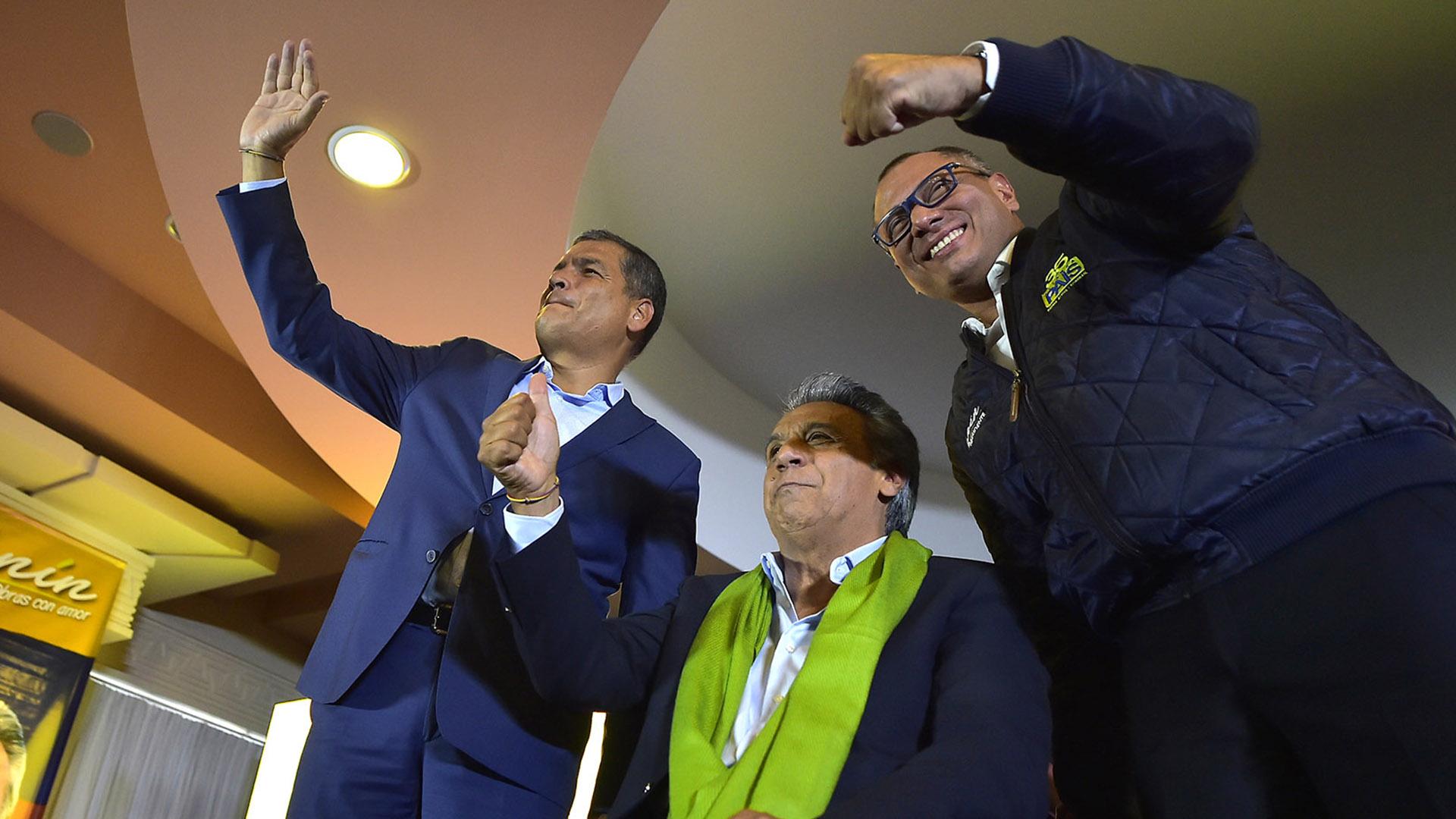 Rafael Correa y Lenin Moreno (AFP)