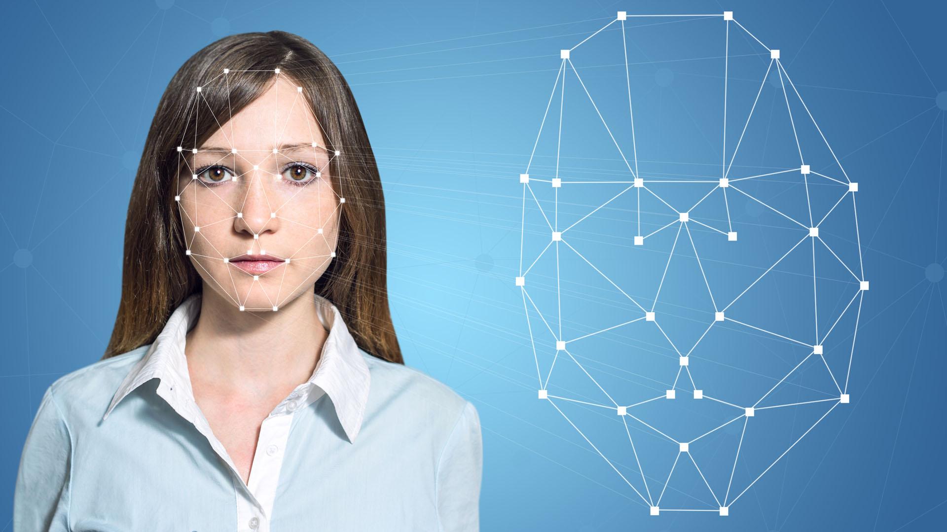 El sistema de reconocimiento facial 3D fue la característicamás revolucionaria del nuevo iPhone 8 (Archivo)