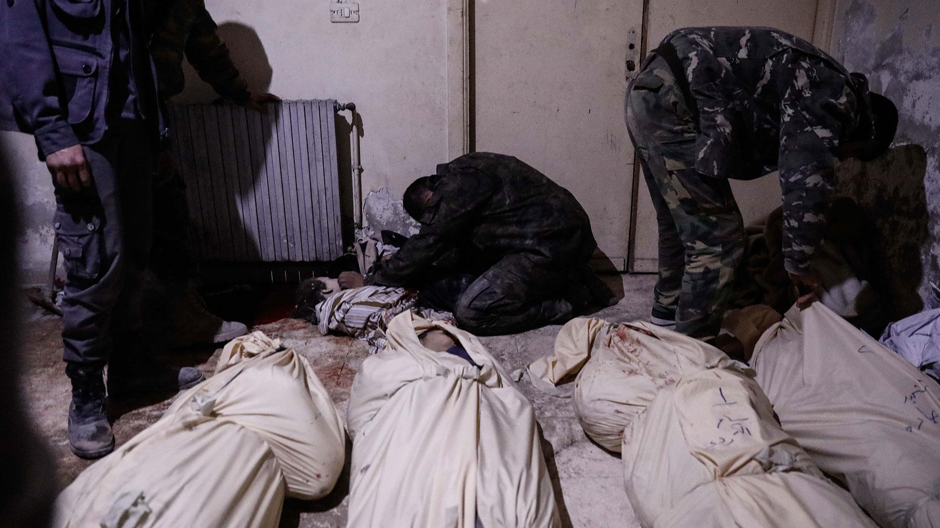 Las armas químicas producen un sufrimiento mayor en las poblaciones civiles, sin medios para protegerse (AFP)