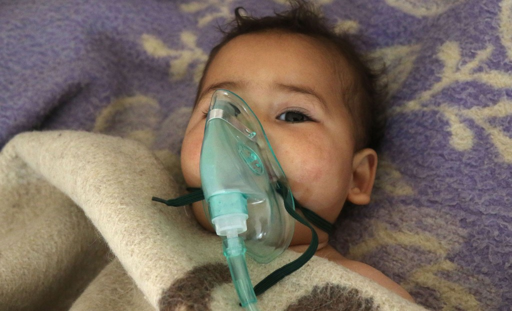"""La Coalición Nacional, una de las mayores organizaciones de la oposición siria, acusó al """"régimen criminal de Bashar al Assad"""" de ser responsable del bombardeo (AFP)"""