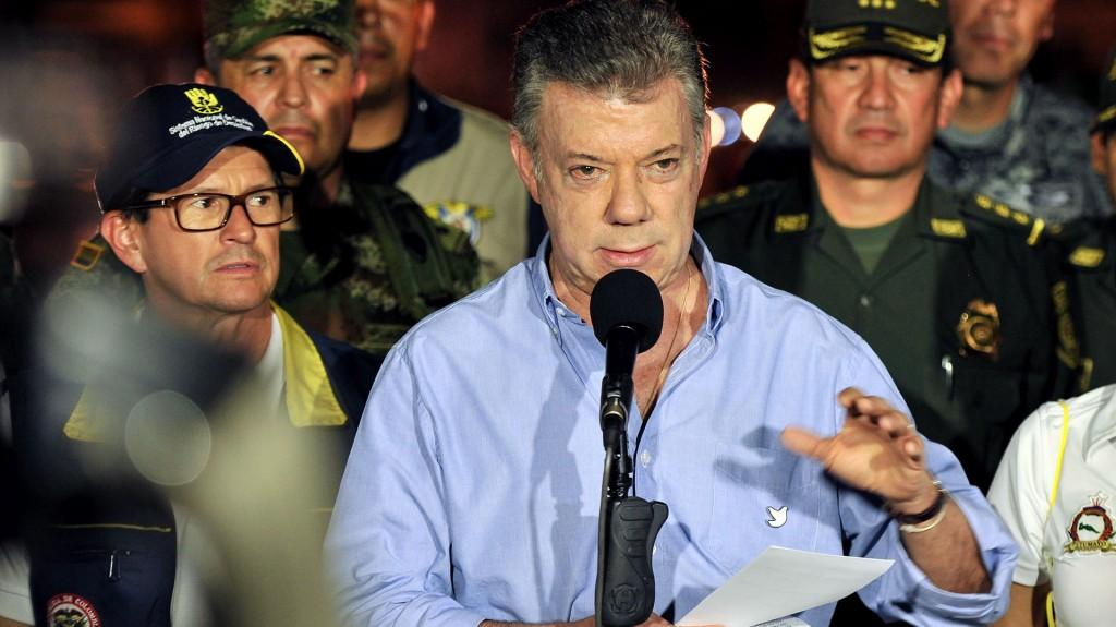 El presidente Santos ratificó que las tareas de reconstrucción de Mocoa incluyen la construcción de un acueducto, de un hospital y de nuevas viviendas para las personas damnificadas (EFE)