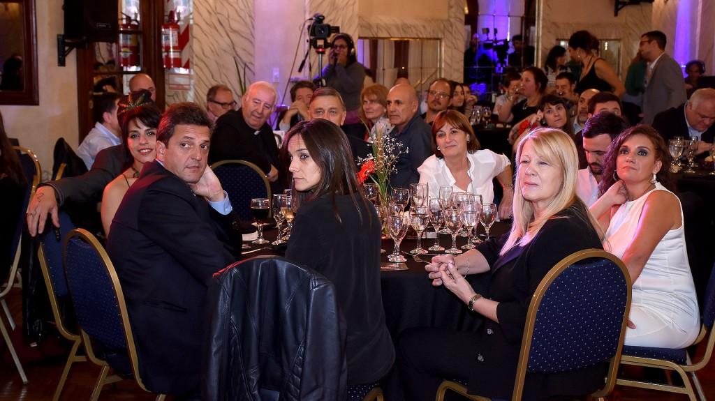 La cena se realizó en el Hotel Castelar de la Ciudad de Buenos Aires