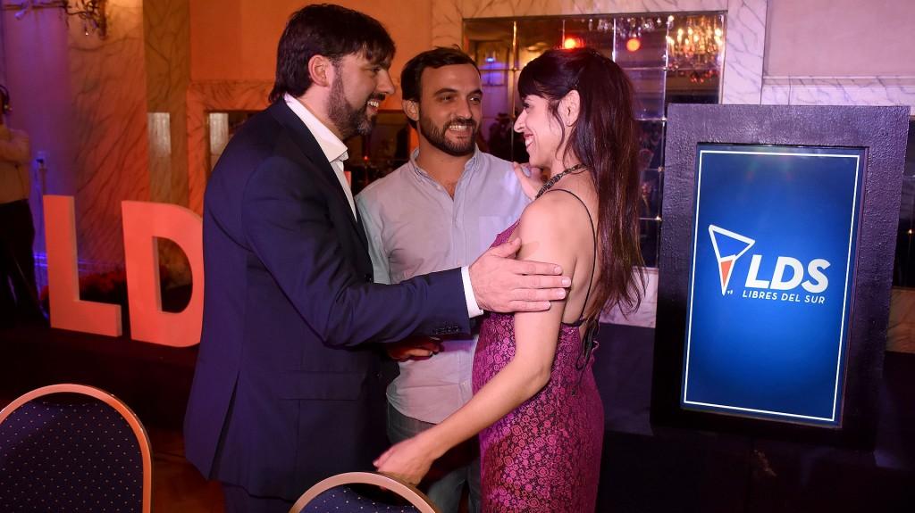Diego Bossio, el diputado y referente del Movimiento Evita Leonardo Grosso, y Victoria Donda