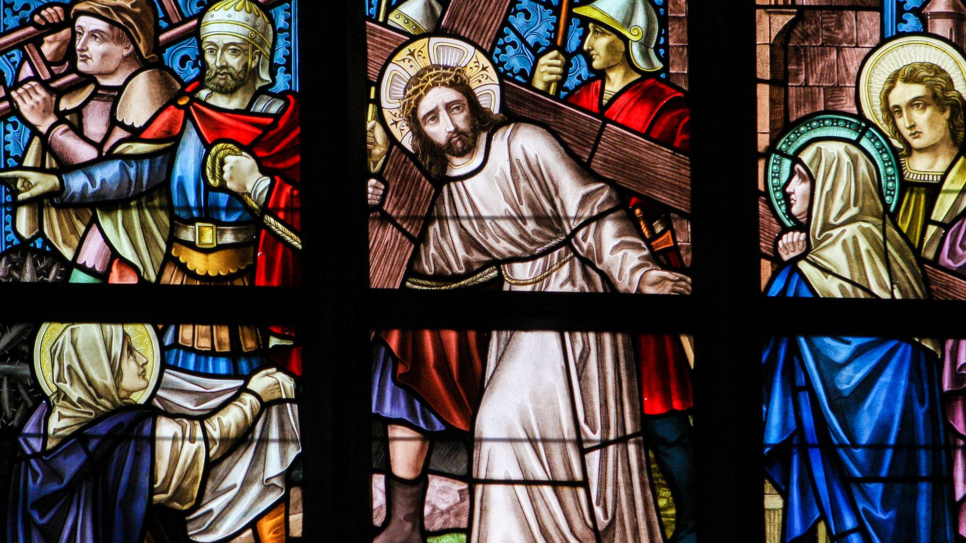 Es una semana en donde se recuerda la pasión de Cristo, su muerte y su resurrección.