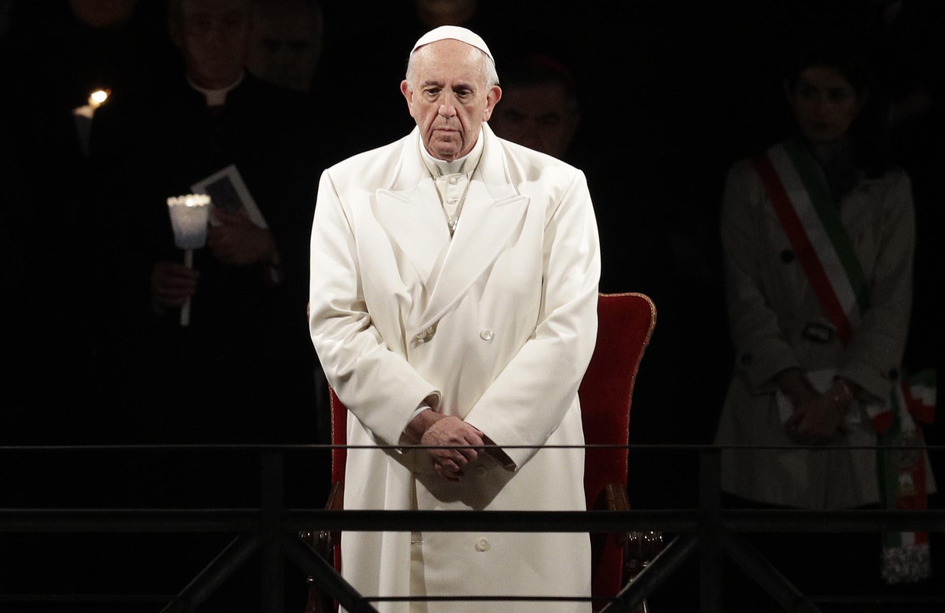 """El Papa advirtió sobre la """"vergüenza"""" que le causan """"las imágenes de devastación y destrucción que se convirtieron en ordinarias para el mundo"""""""