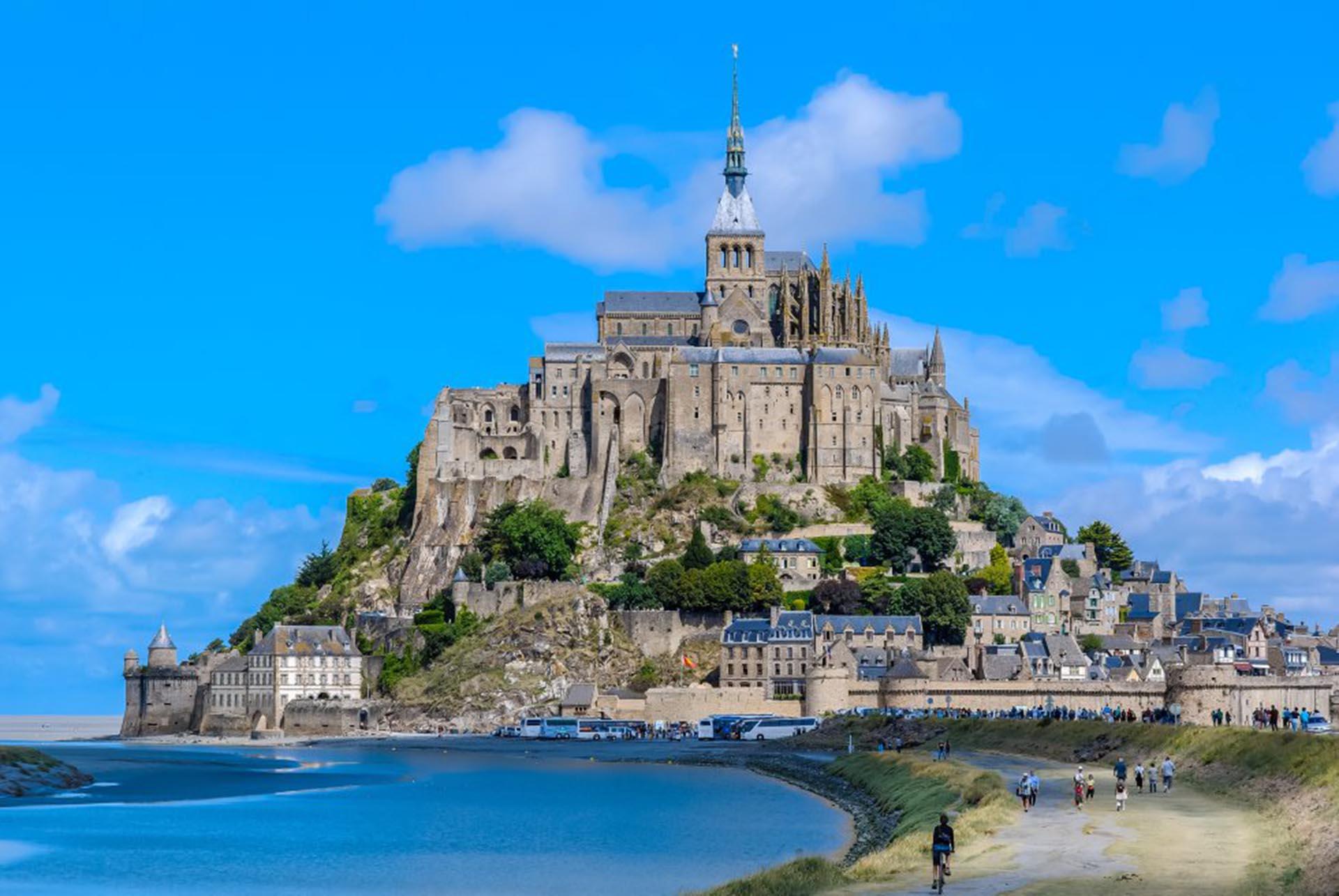 Mont Saint Michel (Normandía, Francia)