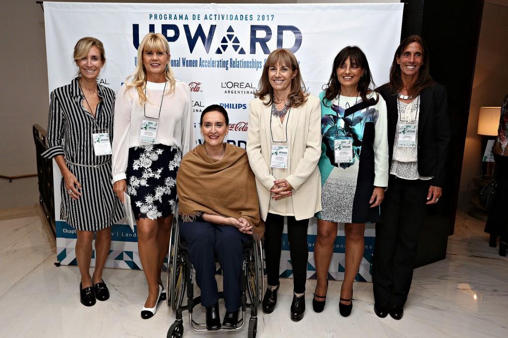 María Laura Tramezzani, Marcela Losardo, Gabriela Michetti, Claudia Segovia, Viviana Zocco y Mariana Feld