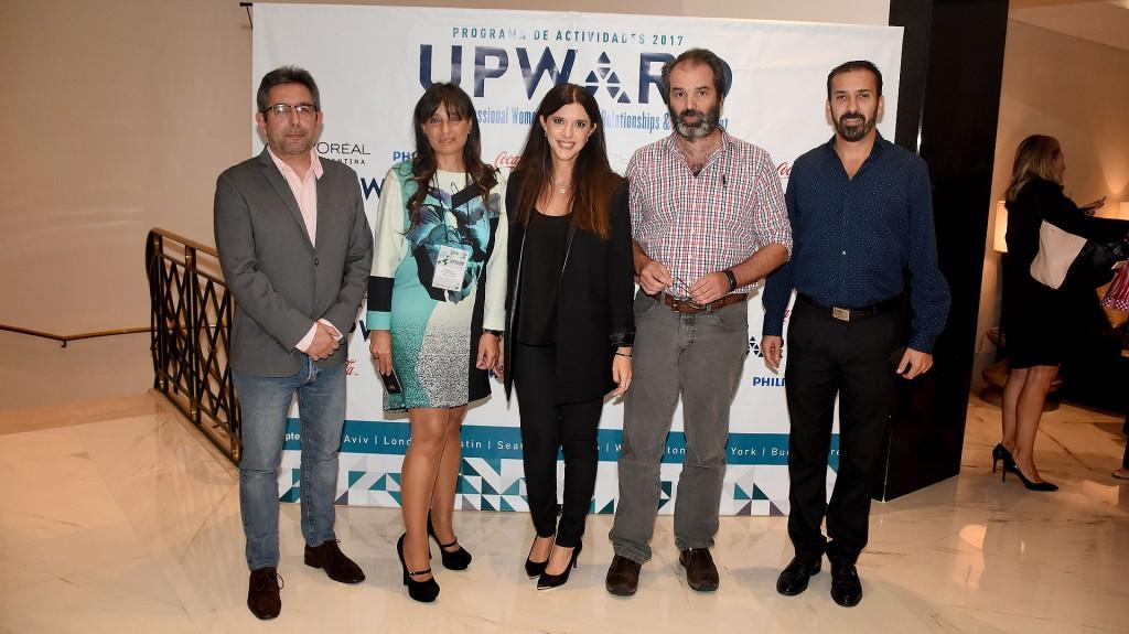 Julián Gallo (experto en Comunicaciones), Viviana Zocco, Patricio Lorente (Wikipedia) , Sebastián Brizuela (LinkedIn) y Eugenia Daneri (Google) (Nicolás Stulberg)