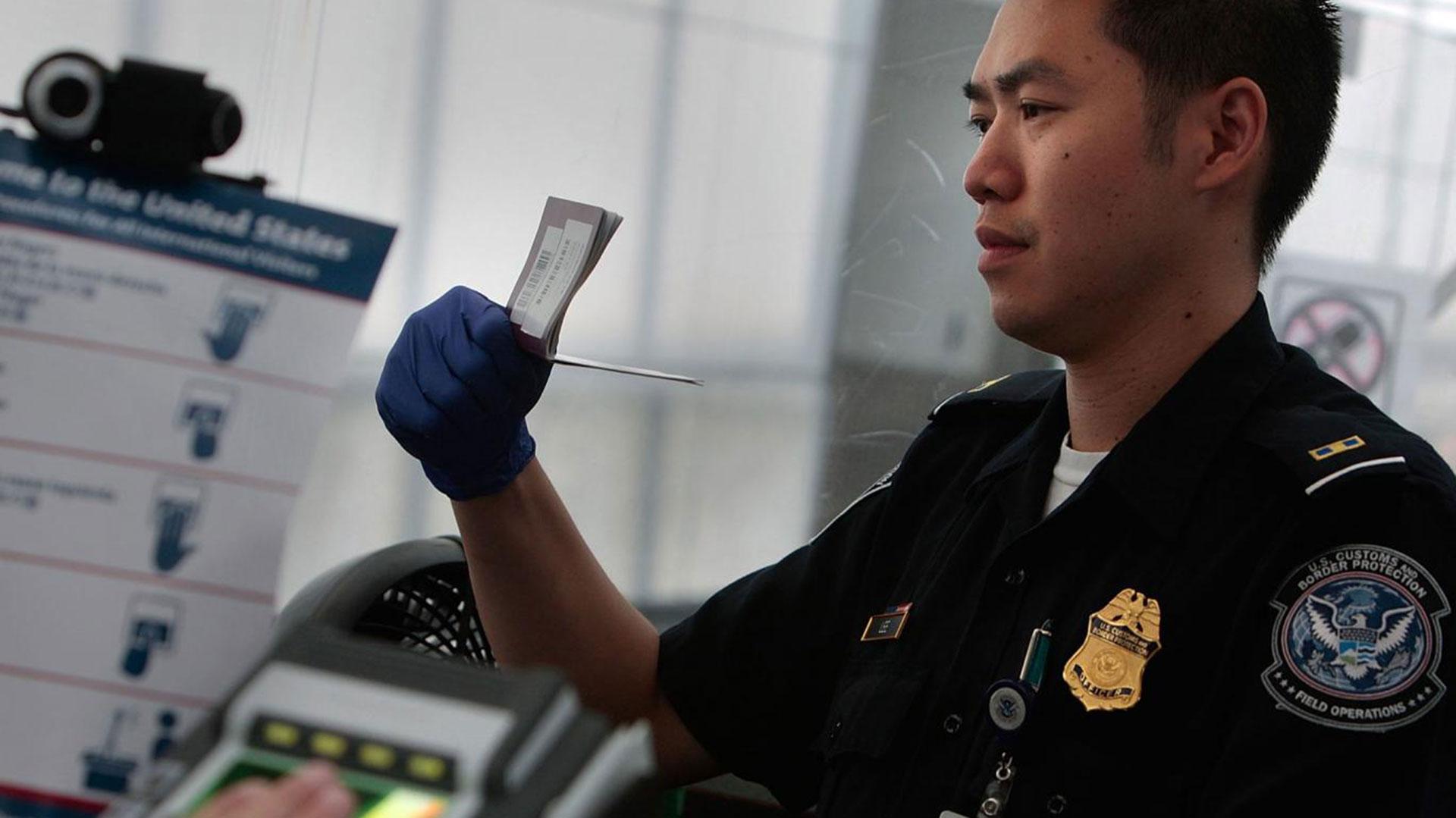 Los titulares de esta visa también pueden solicitar la llamada Green Card (Foto: Archivo/Infobae)