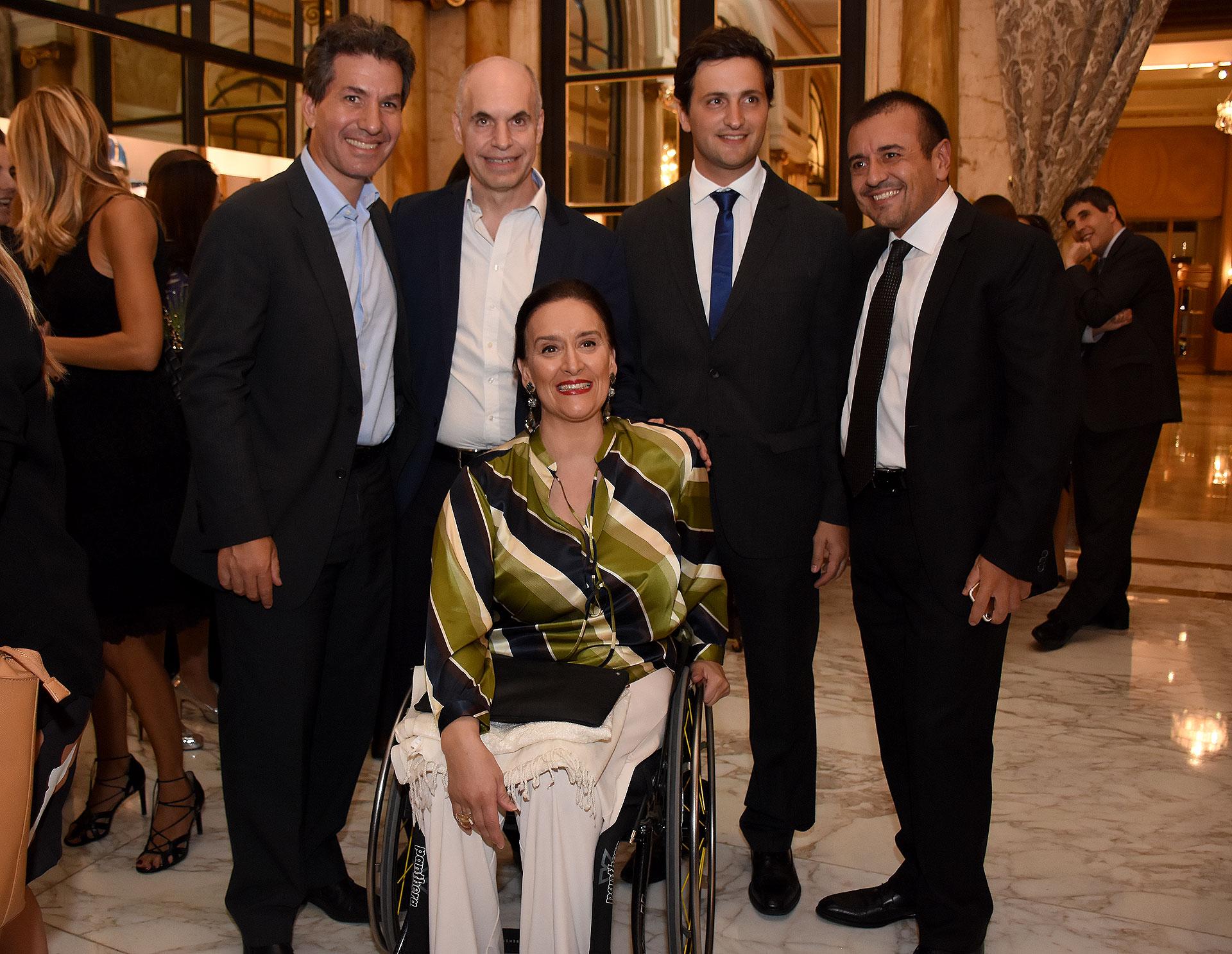 Gabriela Michetti junto a Andy Freire, Horacio Rodríguez Larreta, Javier Ureta Saenz Peña y Mario Quintana
