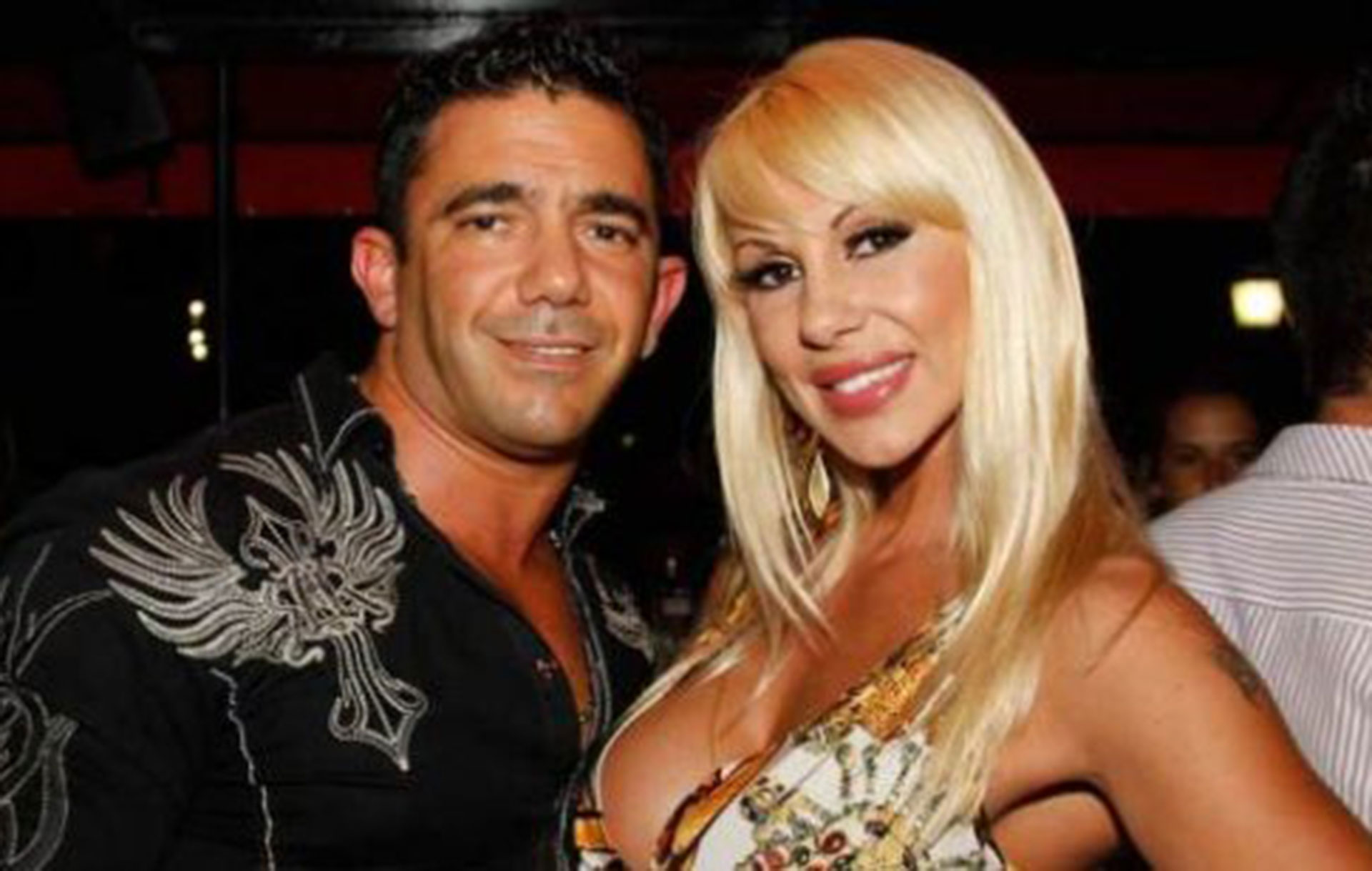 ¡Se terminó el amor! Juan Suris y Mónica Farro se separaron. Ella lo esperó cuatro años mientras estuvo prisión. La vedette se enteró por terceros de que él habría vuelto con la madre de sus hijos