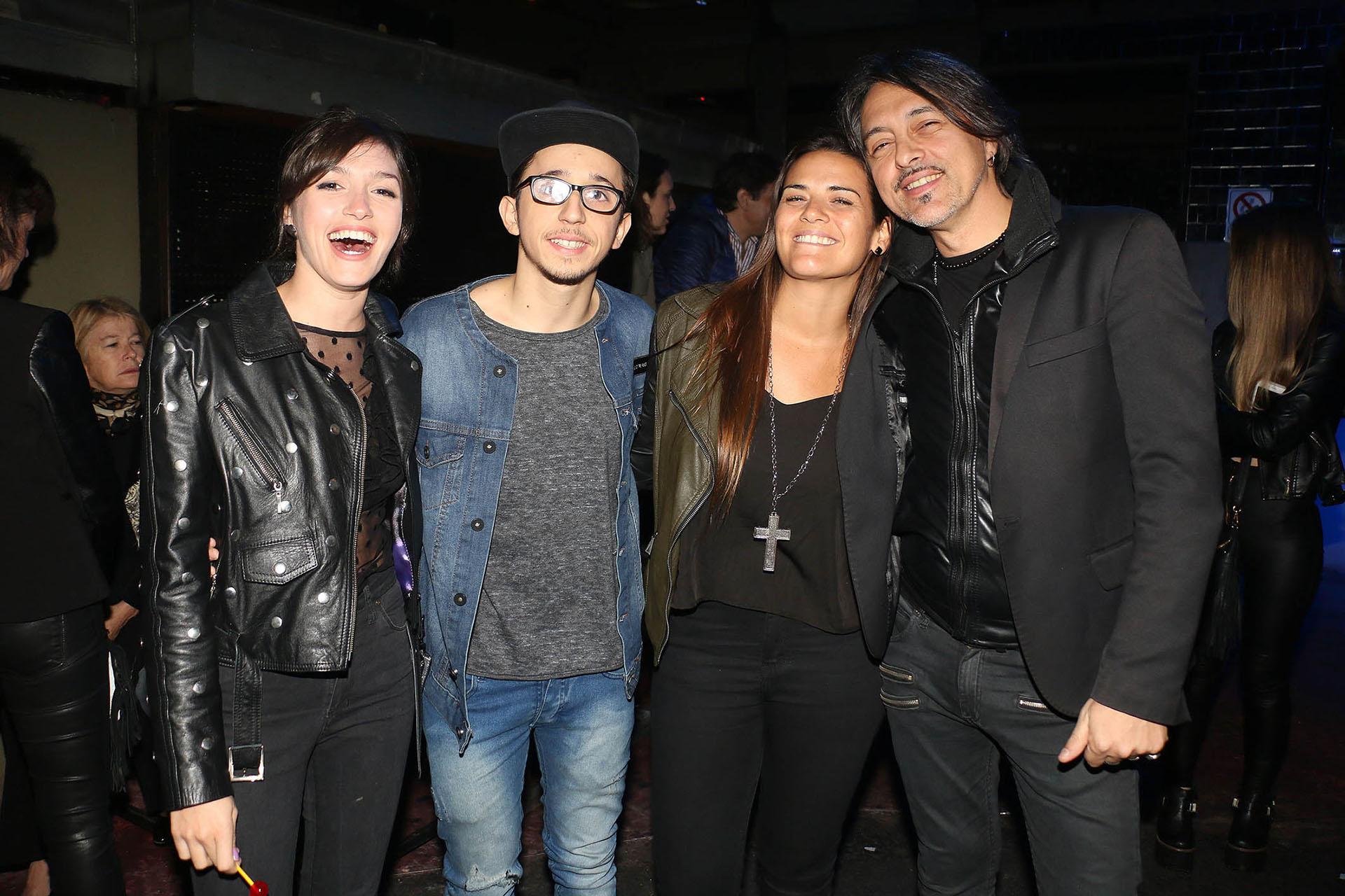 Candela Vetrano, Rodrigo Noya, Micaela Vázquez y Esteban Prol