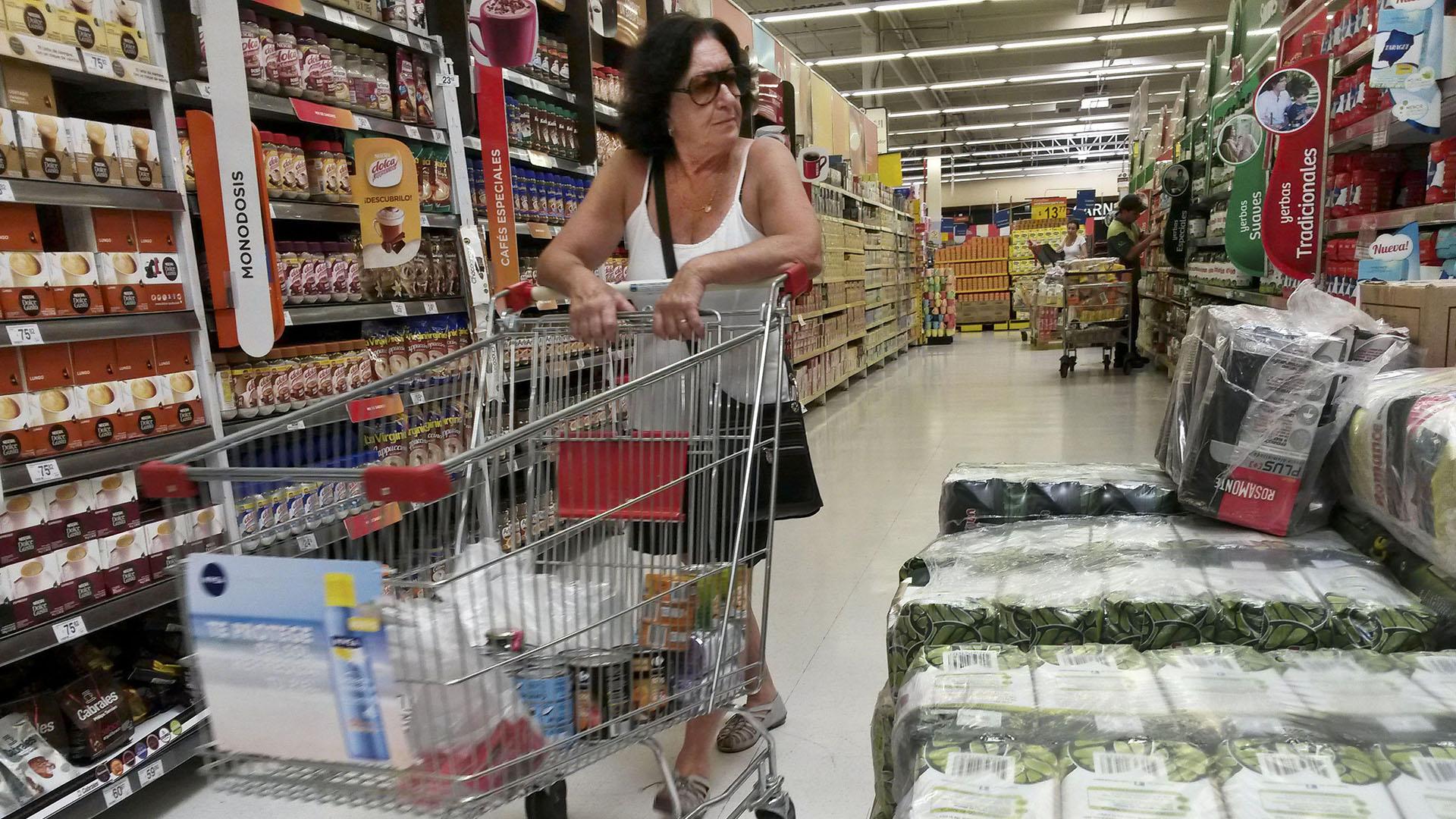 Dentro de la categoría de alimentos, lo que más cayó es la venta de postres, gelatinas y flanes
