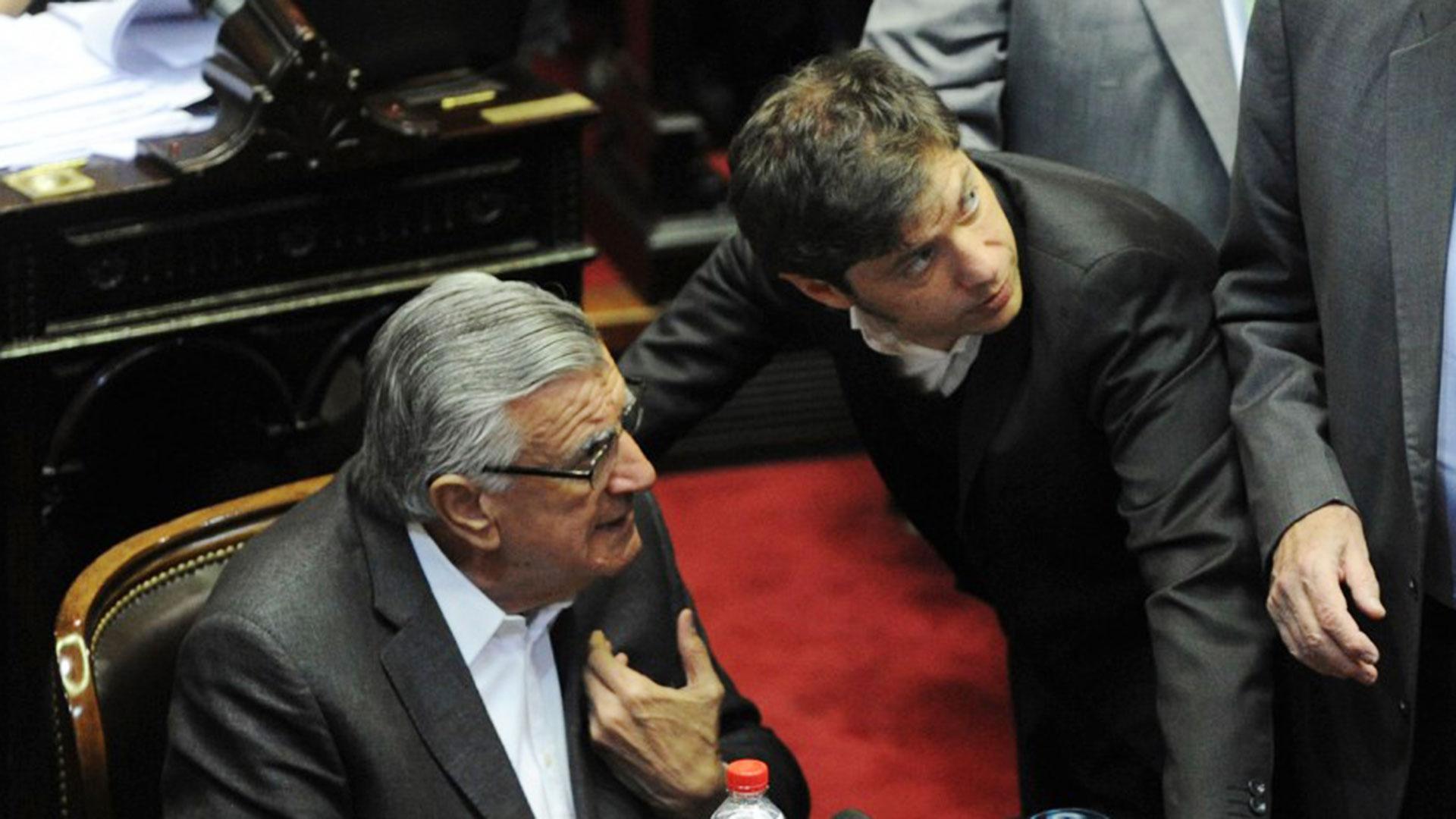 José Luis Gioja y Axel Kicillof (Télam)