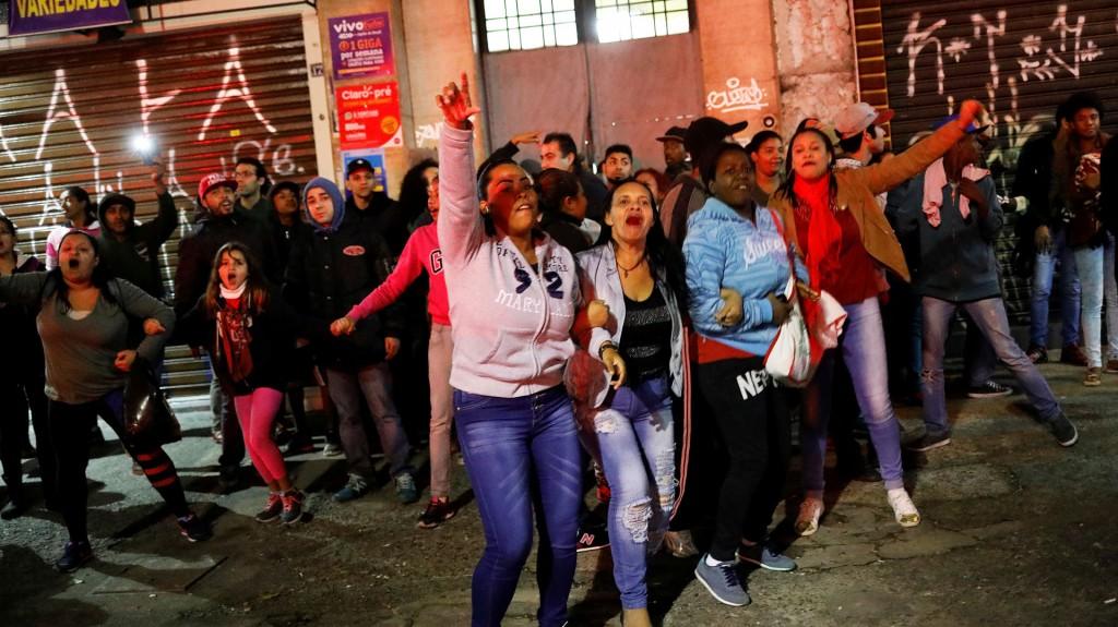 El Movimiento de los Trabajadores Sin Techo se sumó a la protesta (Reuters)