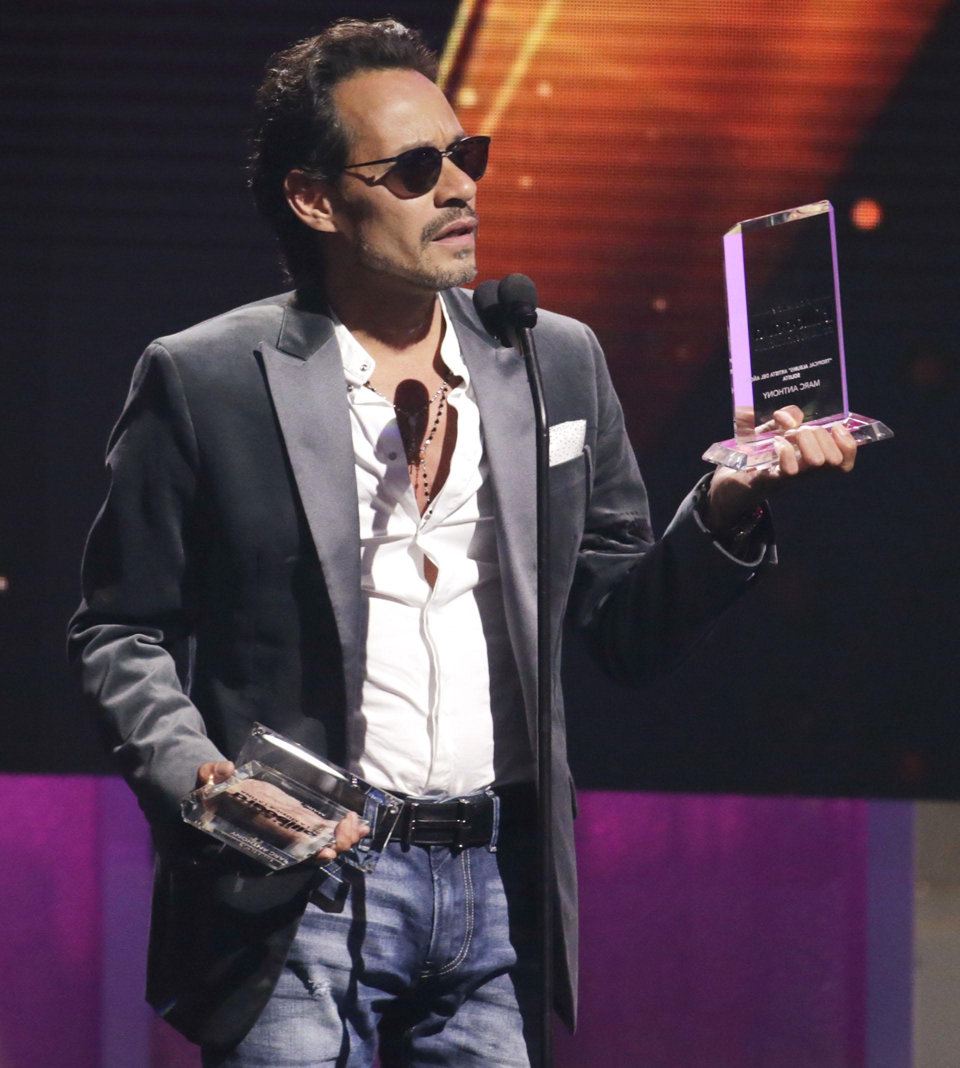 Marc Anthony recibió cuatro estatuillas en los premios Billboard 2017