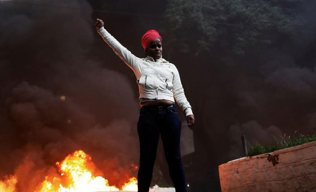 Las manifestaciones fueron convocadas por las mayores centrales sindicales, en rechazo a la reforma del sistema de jubilaciones y a la flexibilización de los contratos de trabajo (Reuters)