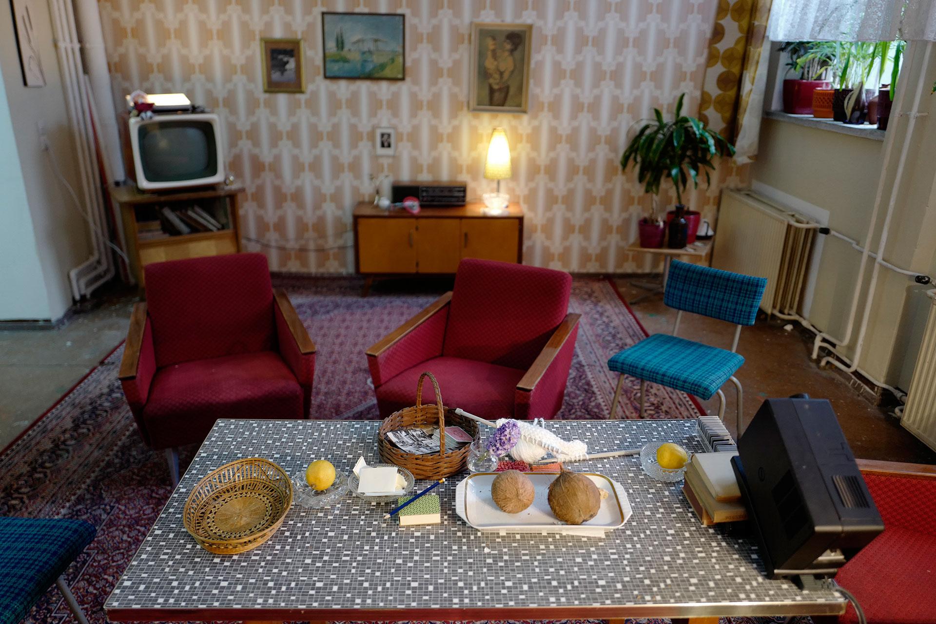 La sala de estar de un hogar en la RDA (AFP)
