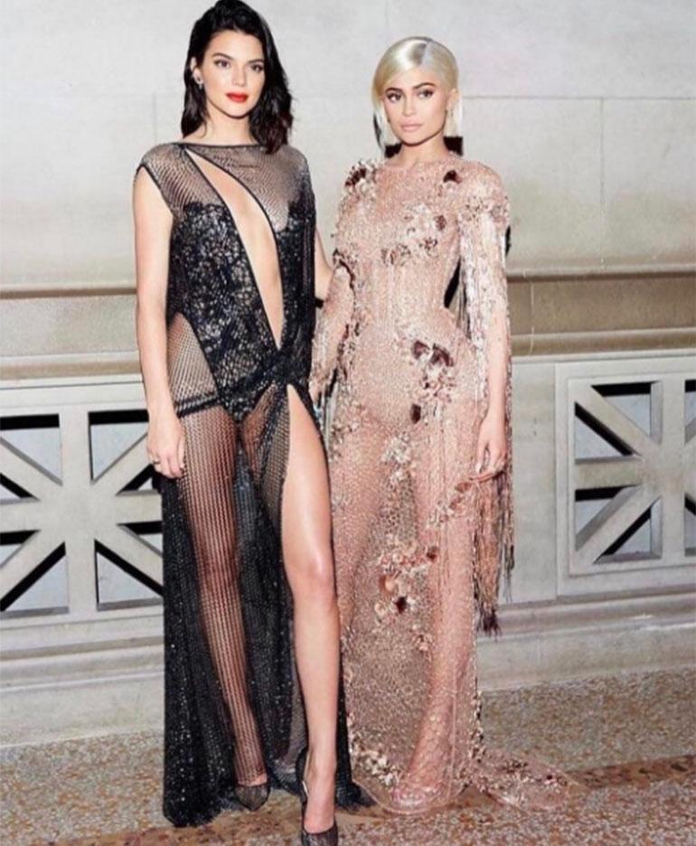 Kendall Jenner y Kylie Jenner, las menores de clan Kardashian, son influencers pero con carreras antagónicas