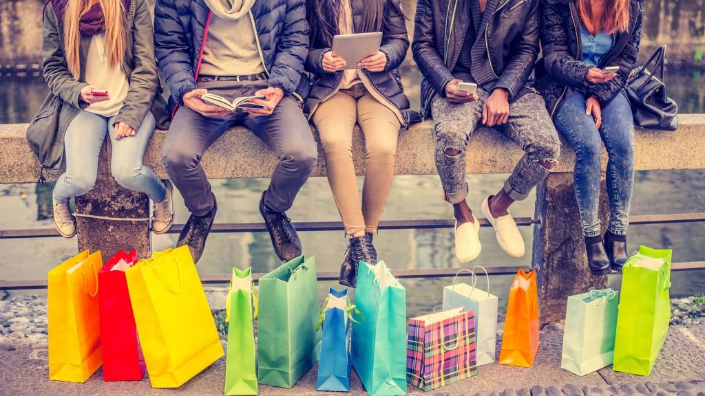 Grupos secretos exclusivos para comprar desde moda hasta un departamento vía online