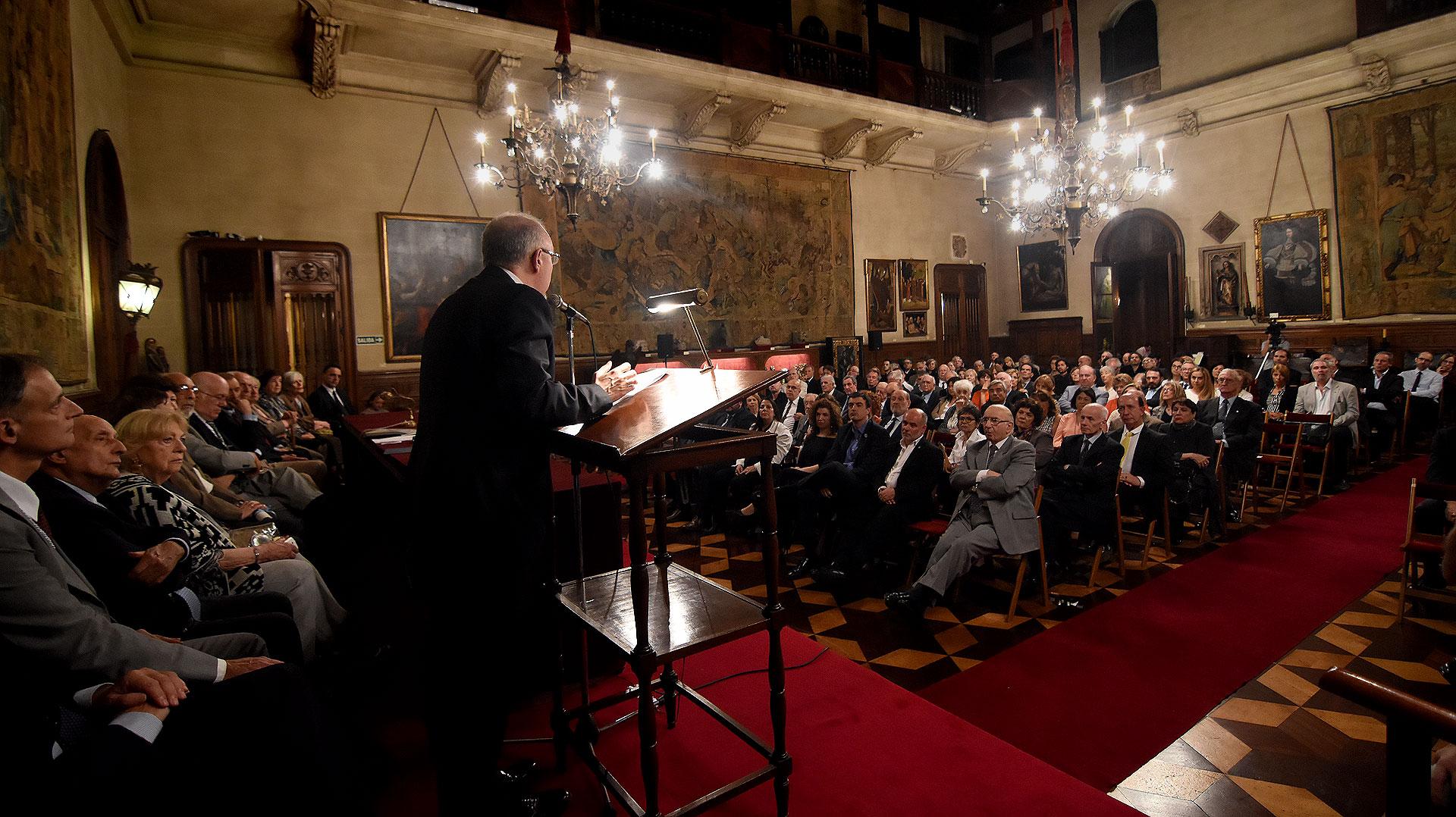 El Palacio Errázuriz, a sala llena