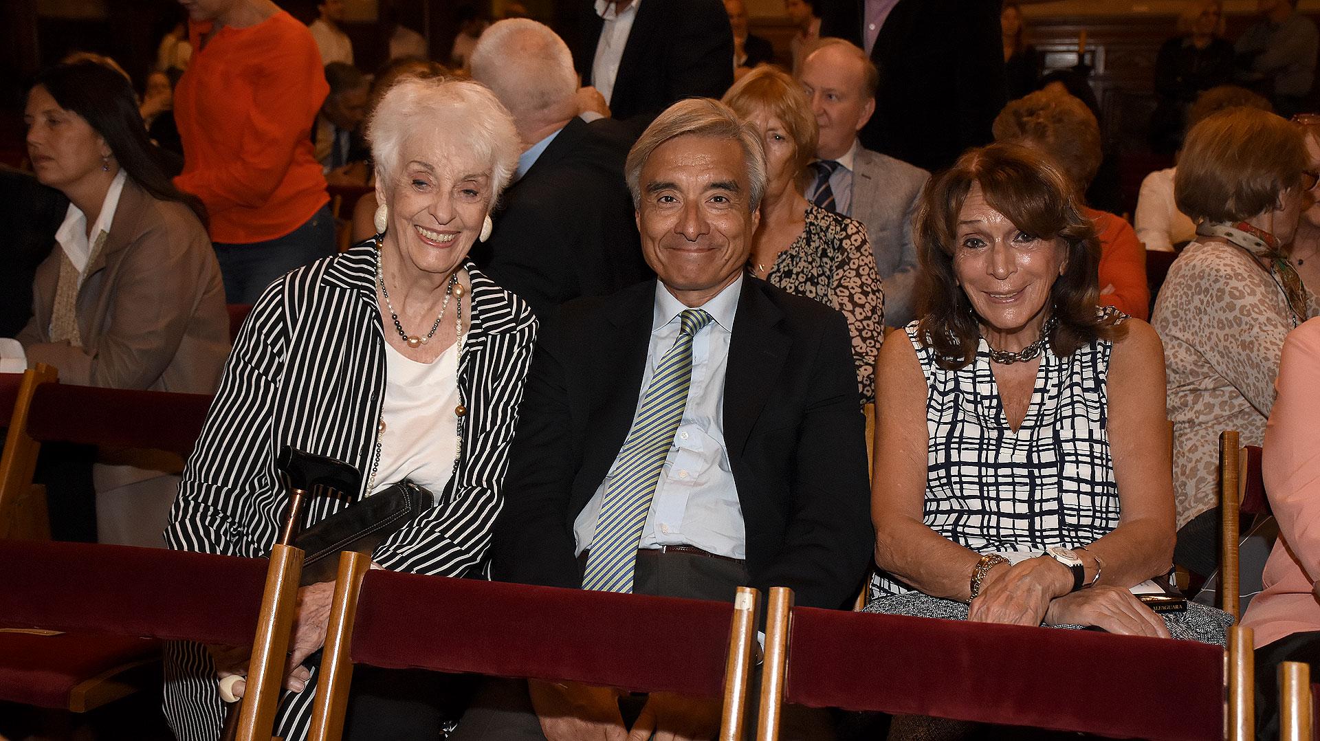 Graciela Fernández Meijide, Eduardo Fidanza y Magdalena Ruiz Guiñazú
