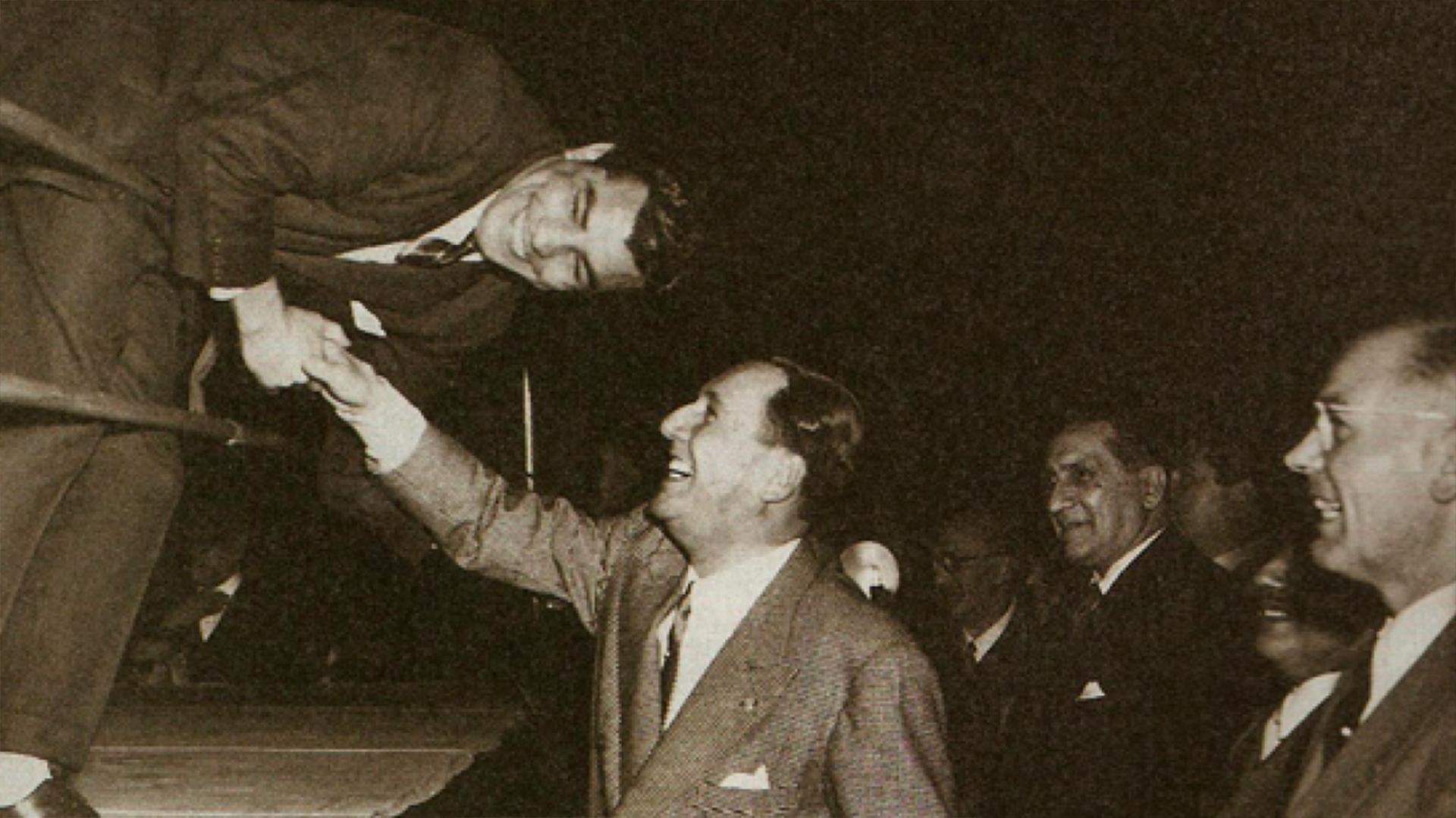 El histórico saludo de Gatica con Perón