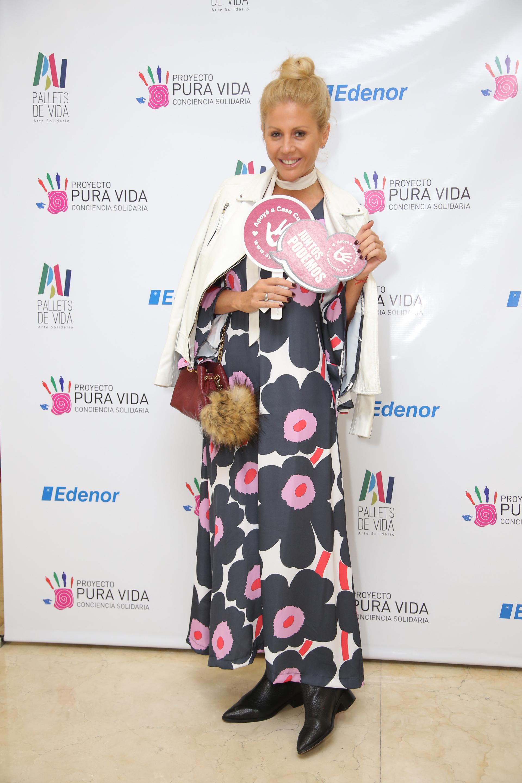 Barbie Simons, una de las figuras que estuvo presente y que colaboró con los pallets que fueron donados por Edenor