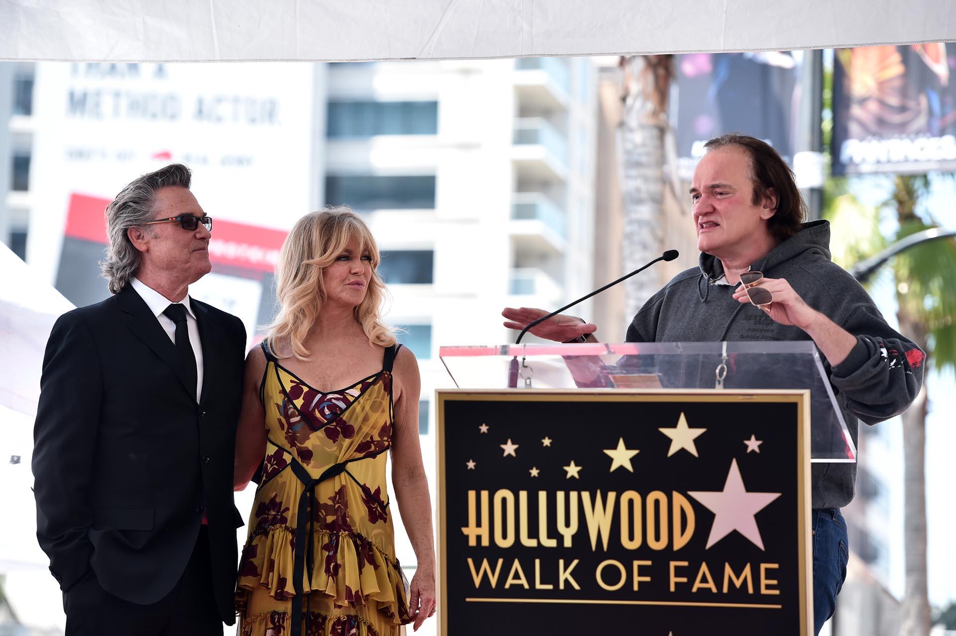 Quentin Tarantino también estuvo presente en la ceremonia en el Paseo de la Fama de Hollywood. El cineasta se mostró sorprendido de que Russell todavía no tuviera una estrella