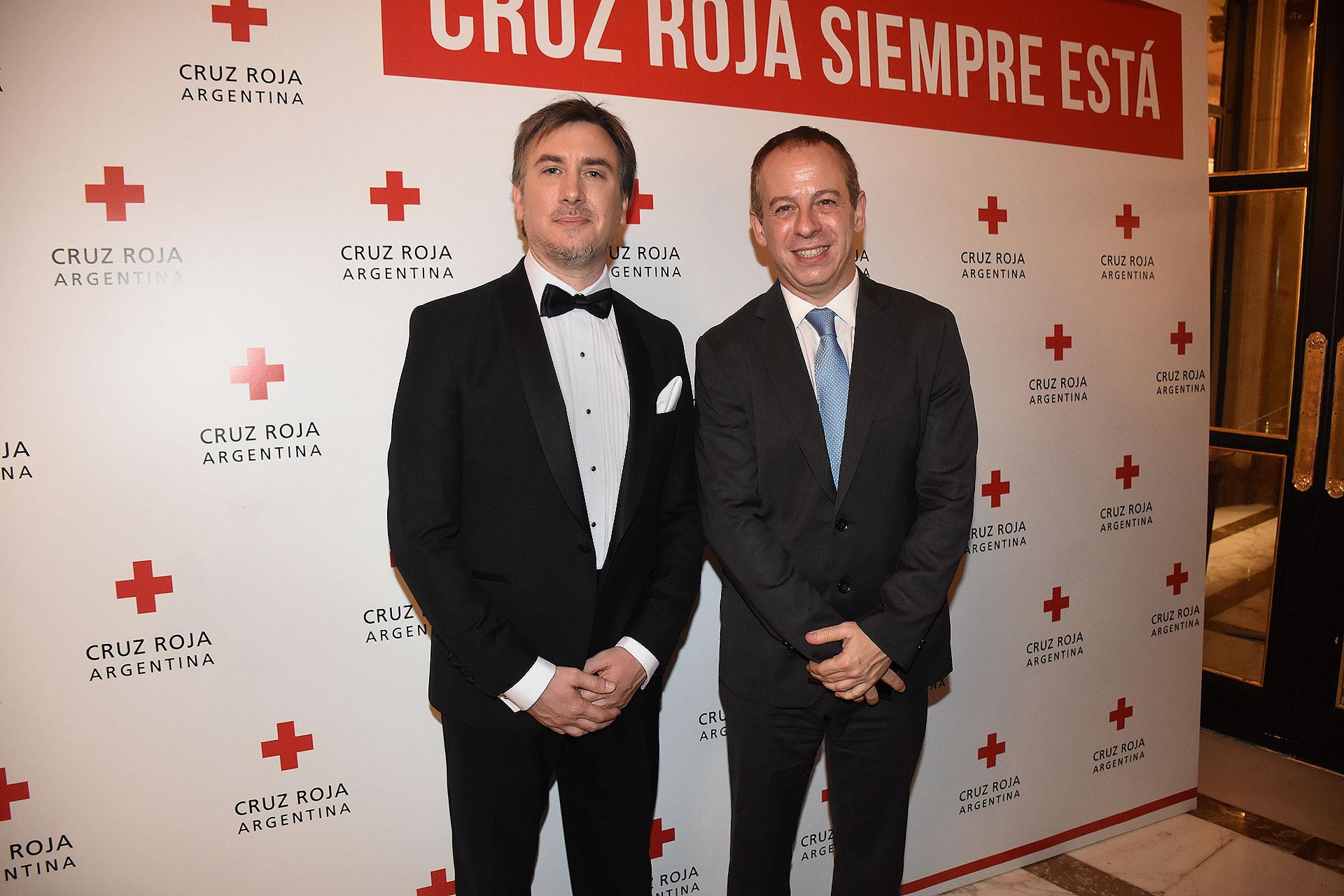 Diego Tipping junto a Martín Etchevers, gerente de relaciones institucionales del Grupo Clarín