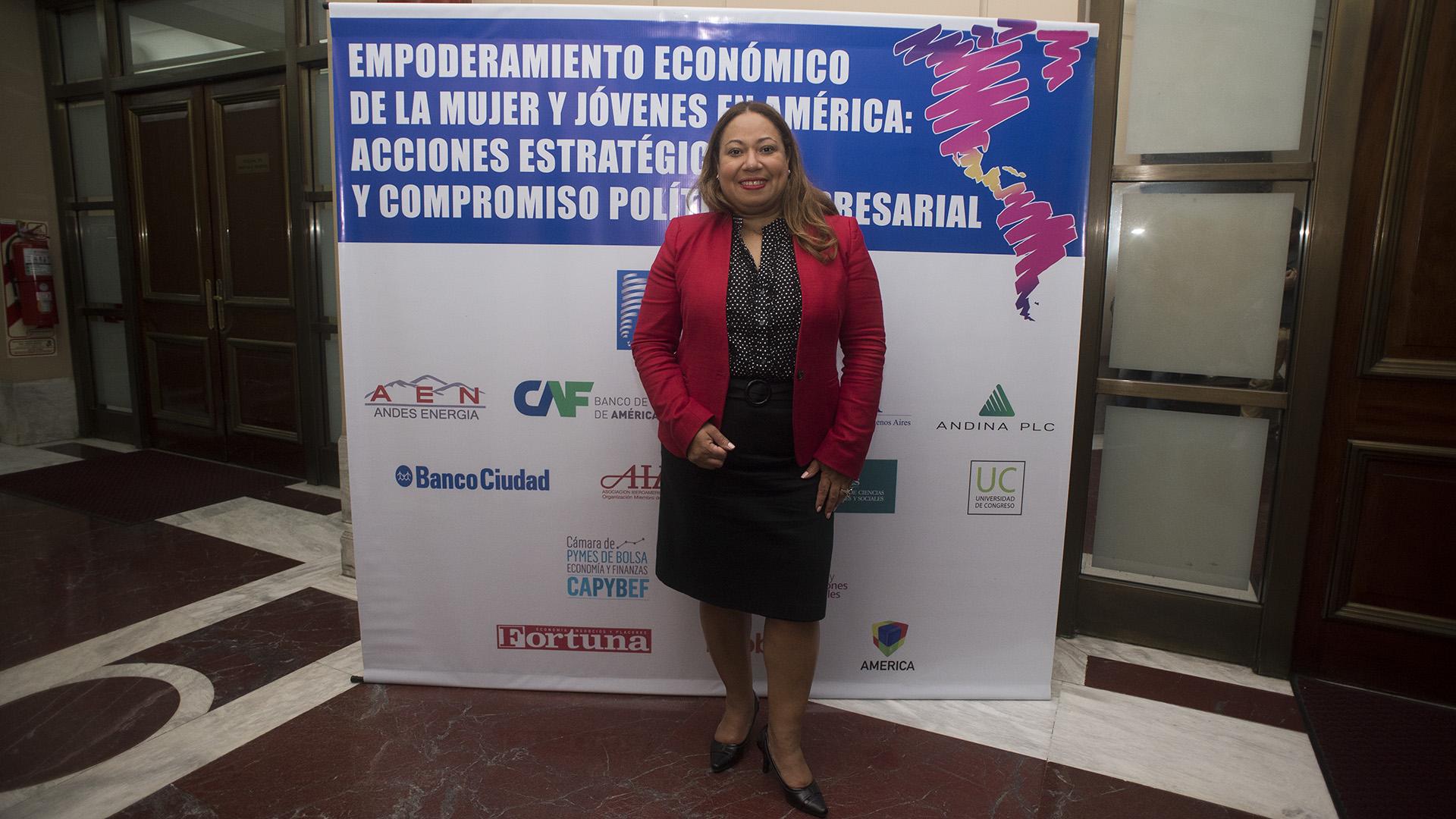 Quenia Abreu, CEO de la Cámara de Comercio de Mujeres de Nueva York (Adrián Escandar)