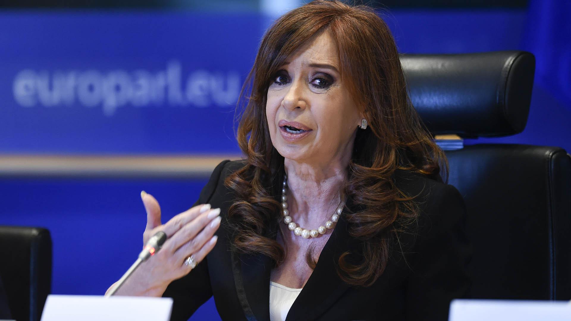 Cristina Elisabet Kirchner será investigada por Bonadio en la causa por la denuncia de Nisman