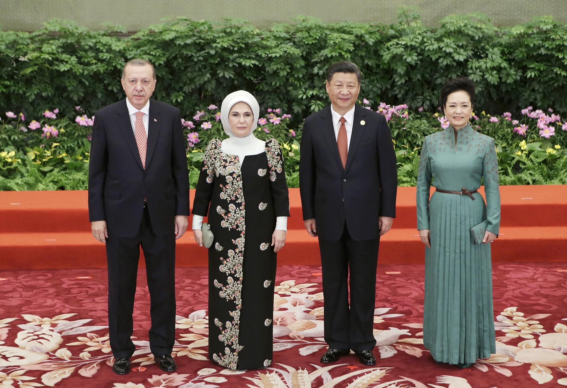 El presidente turco Recep Erdogan y su mujer también estuvieron presentes en la cumbre