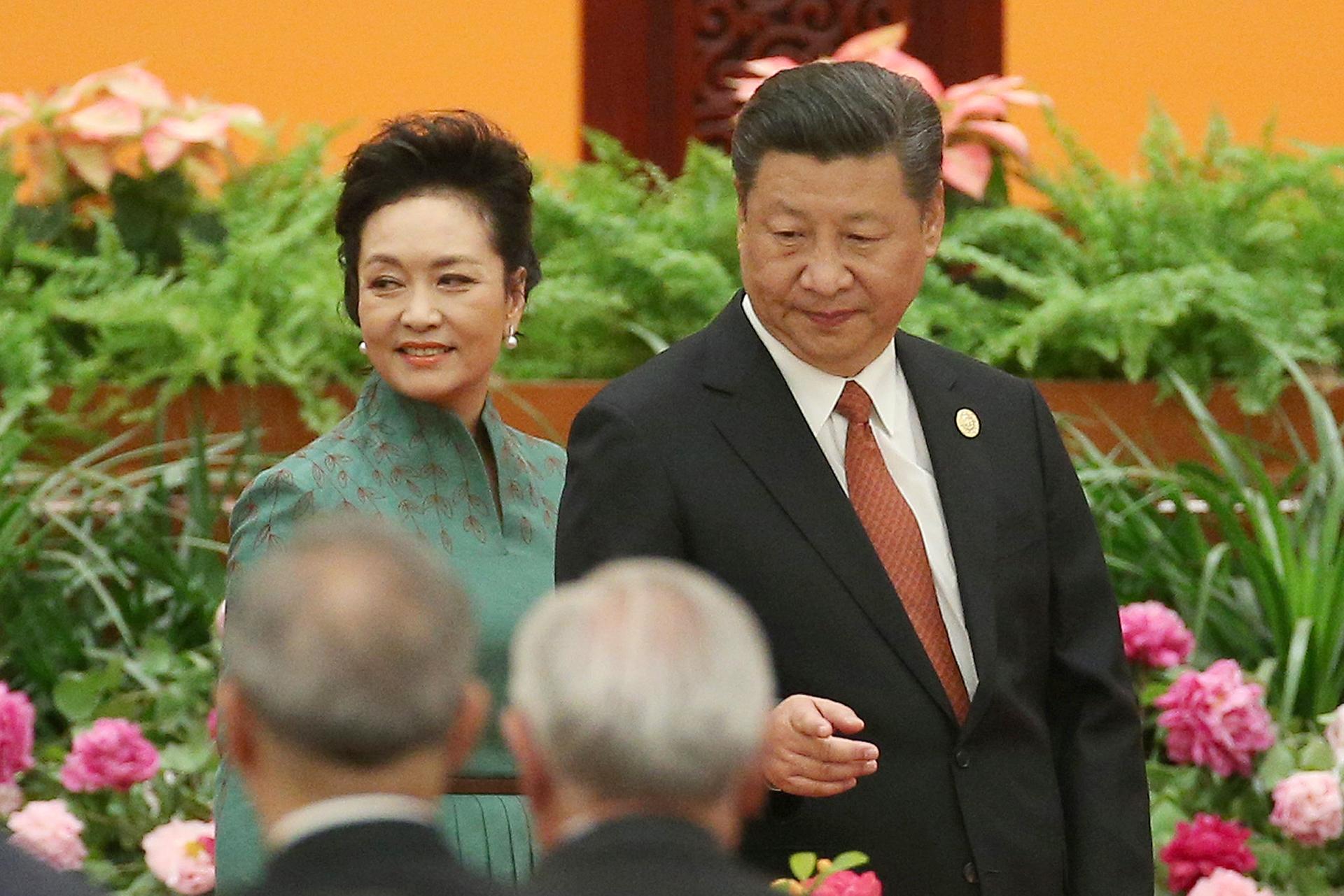 Xi Jinping y su esposa Peng Liyuan en el banquete de bienvenida a los líderes mundiales