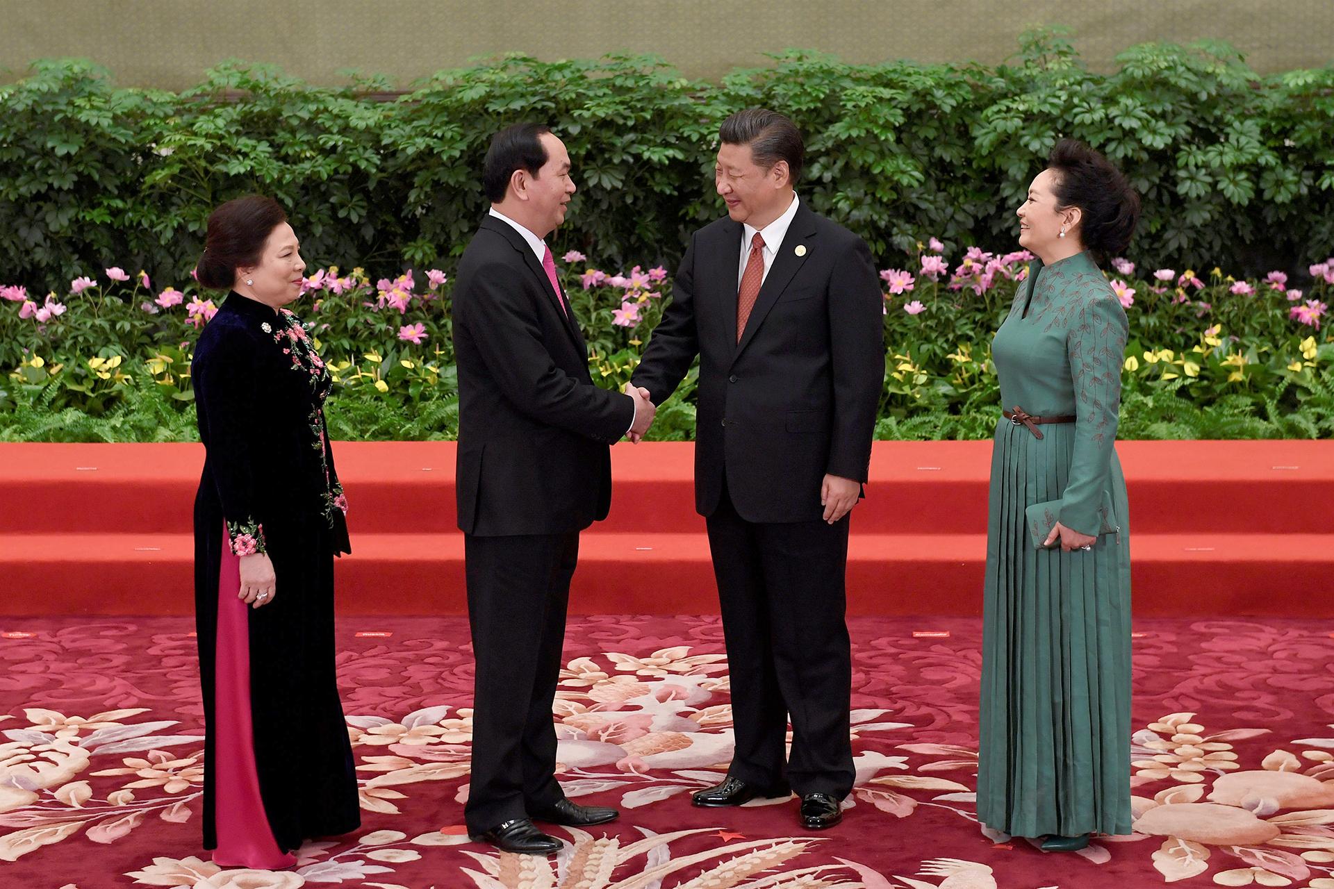 el presidente de Vietnam Tran Dai Quang y su mujer Nguyen Thi Hien