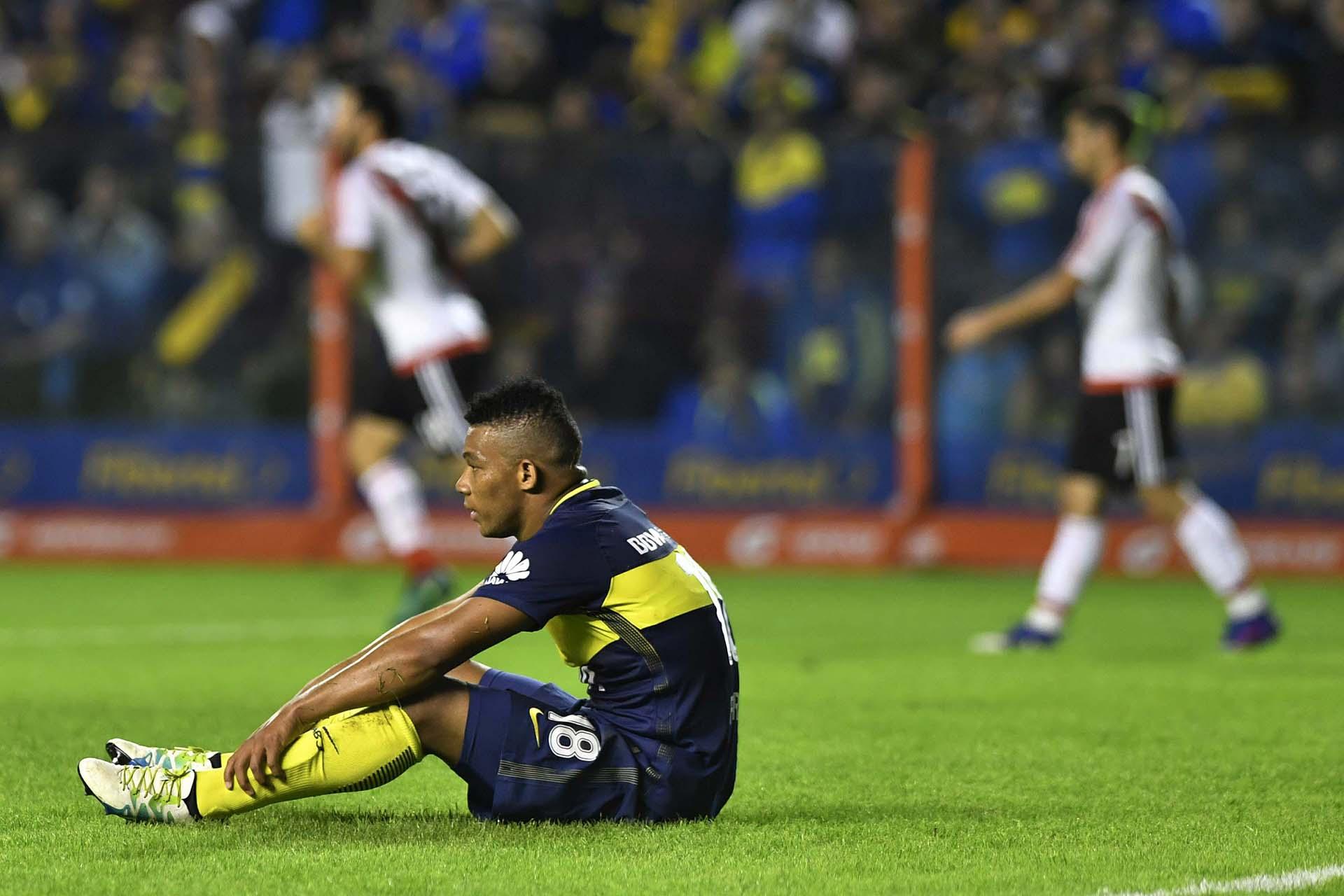 El colombiano Frank Fabra, desolado después del partido