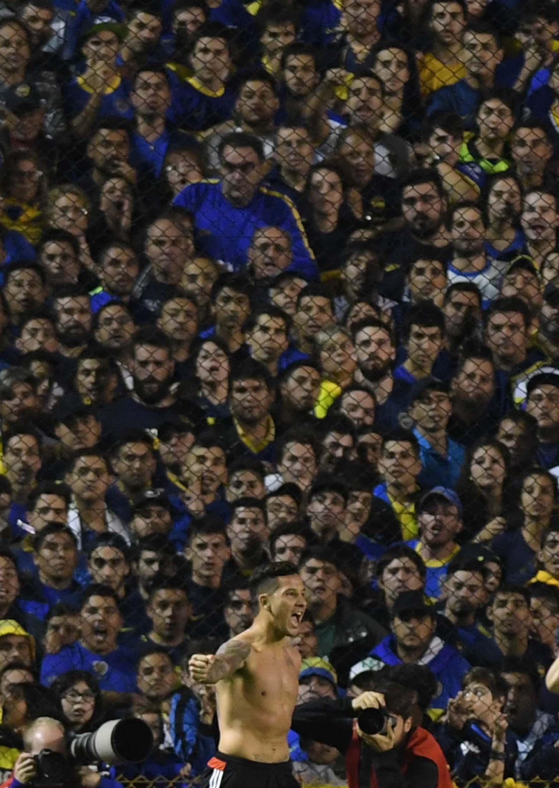 Sebastián Driussi festeja su gol