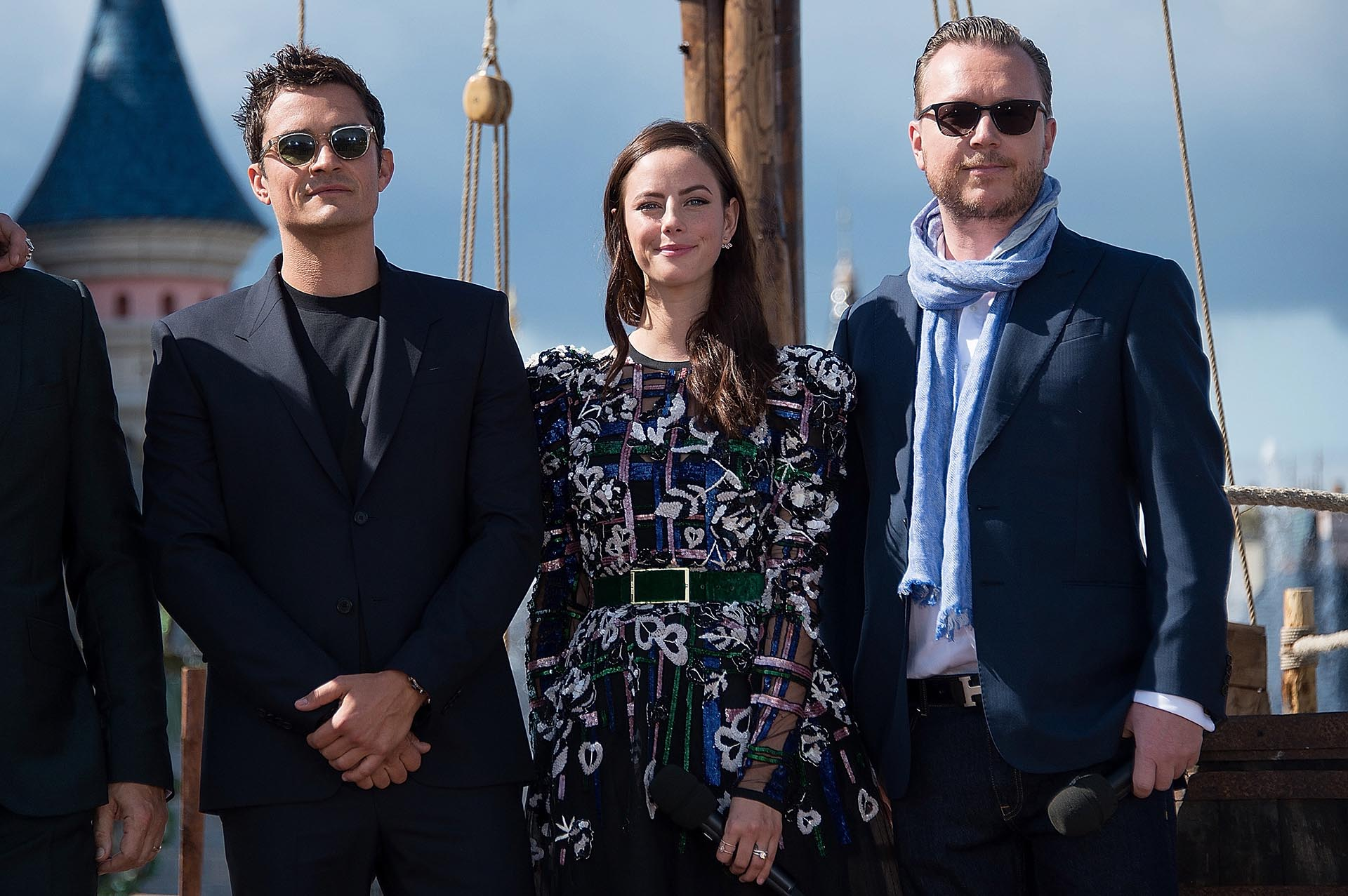 Orlando Bloom, Kaya Scodelario y el director Espen Sandberg
